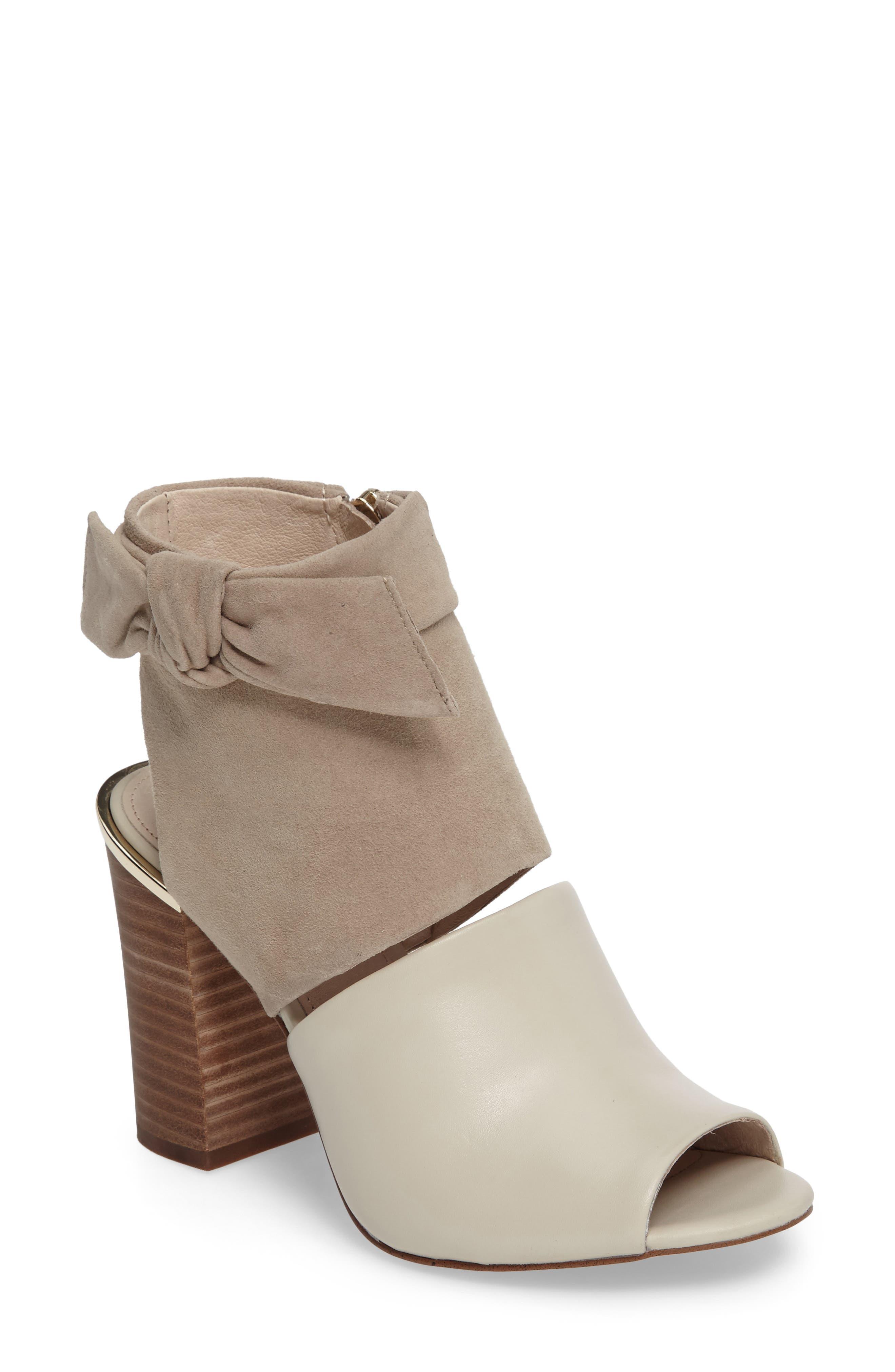 Alternate Image 1 Selected - Louise et Cit Katlin Block Heel Sandal (Women)