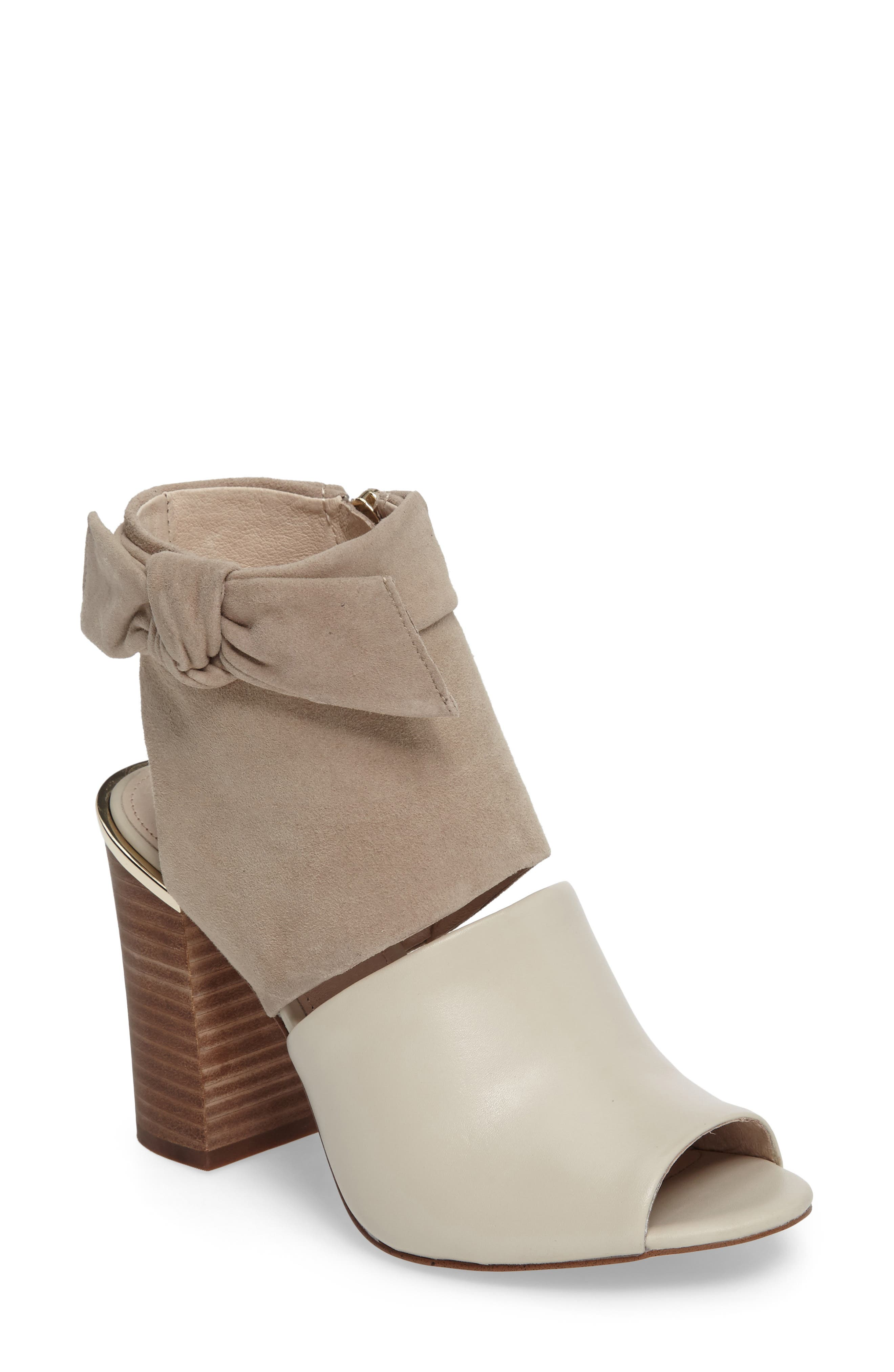 Main Image - Louise et Cit Katlin Block Heel Sandal (Women)