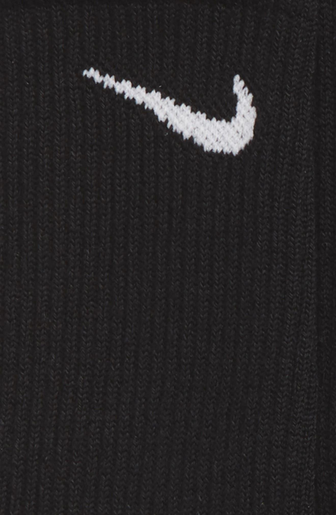 Alternate Image 2  - Nike Dry Ultimate Flight 3-Pack Cushioned Crew Socks (Big Kid)
