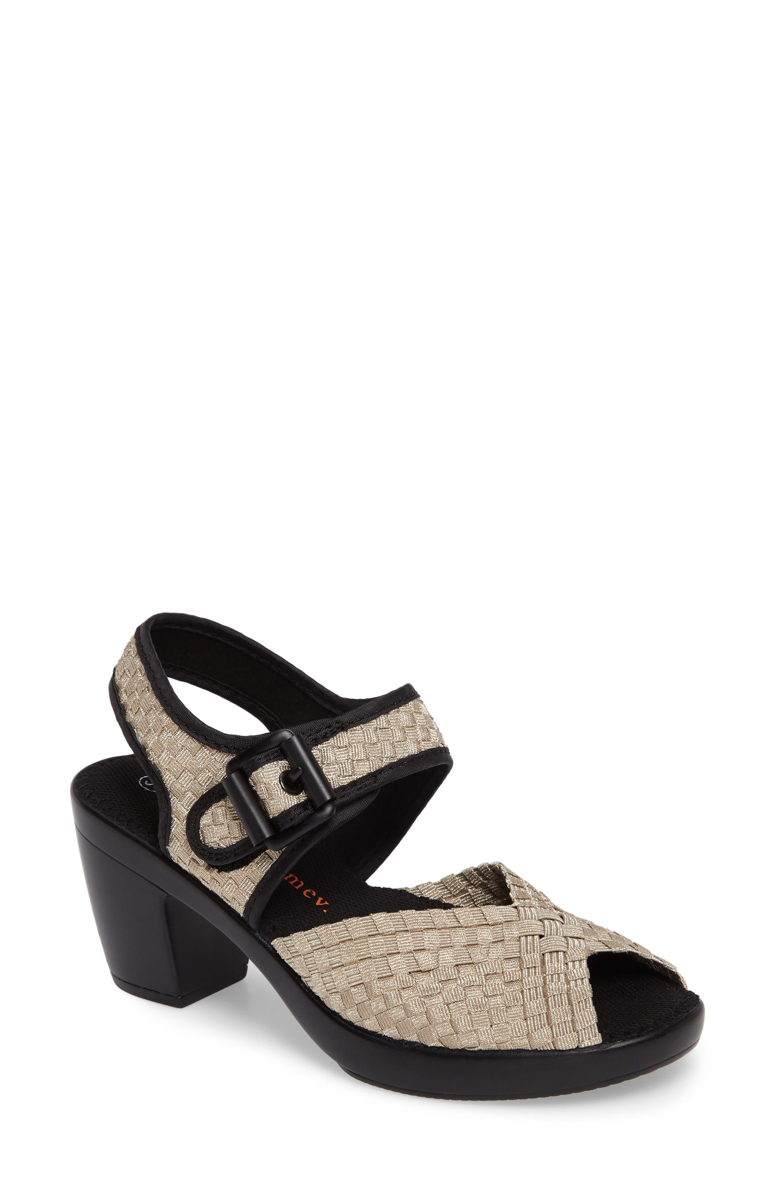 bernie mev. 'Drisco' Platform Sandal (Women)