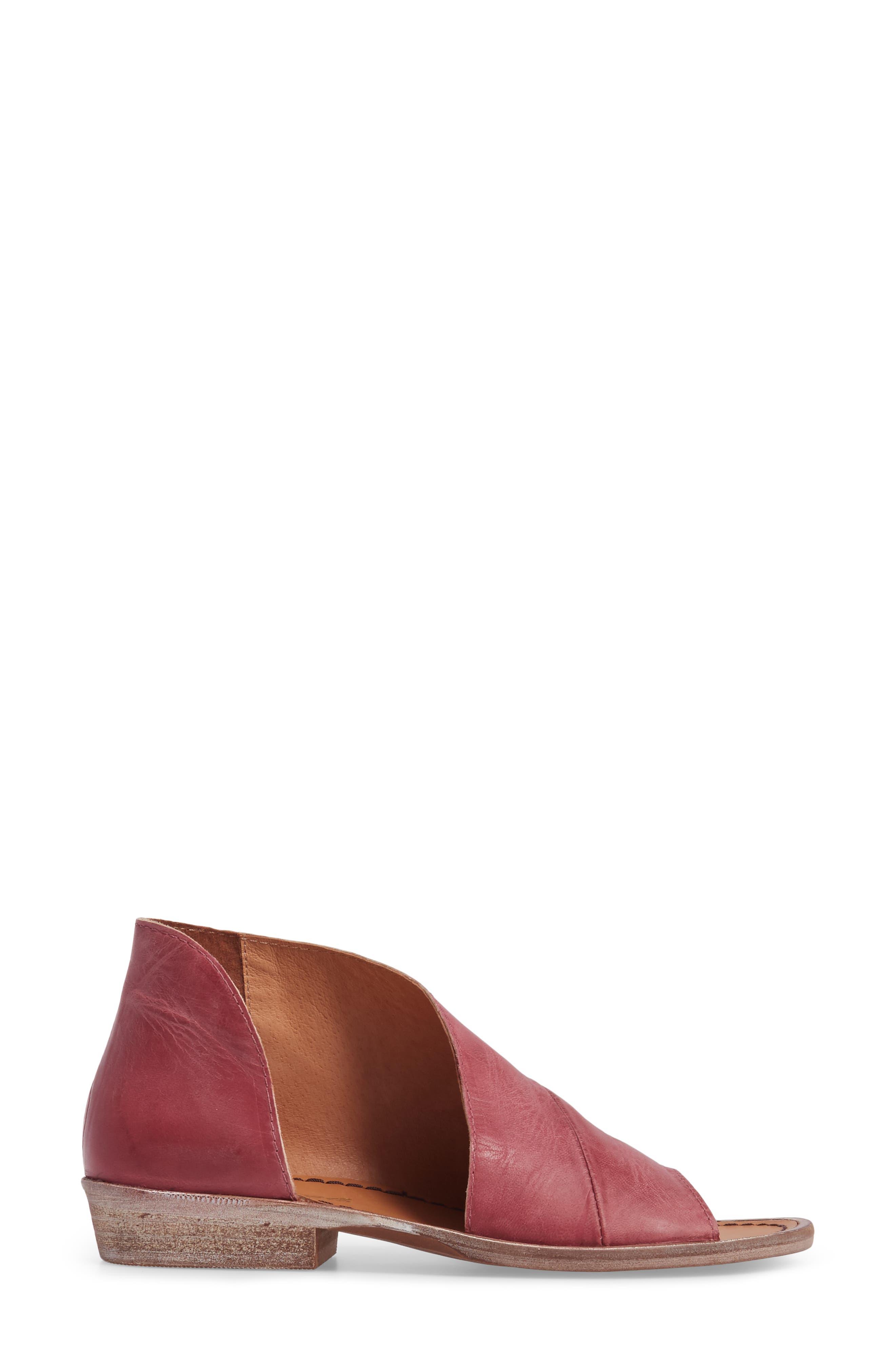 Alternate Image 2  - Free People 'Mont Blanc' Asymmetrical Sandal (Women)