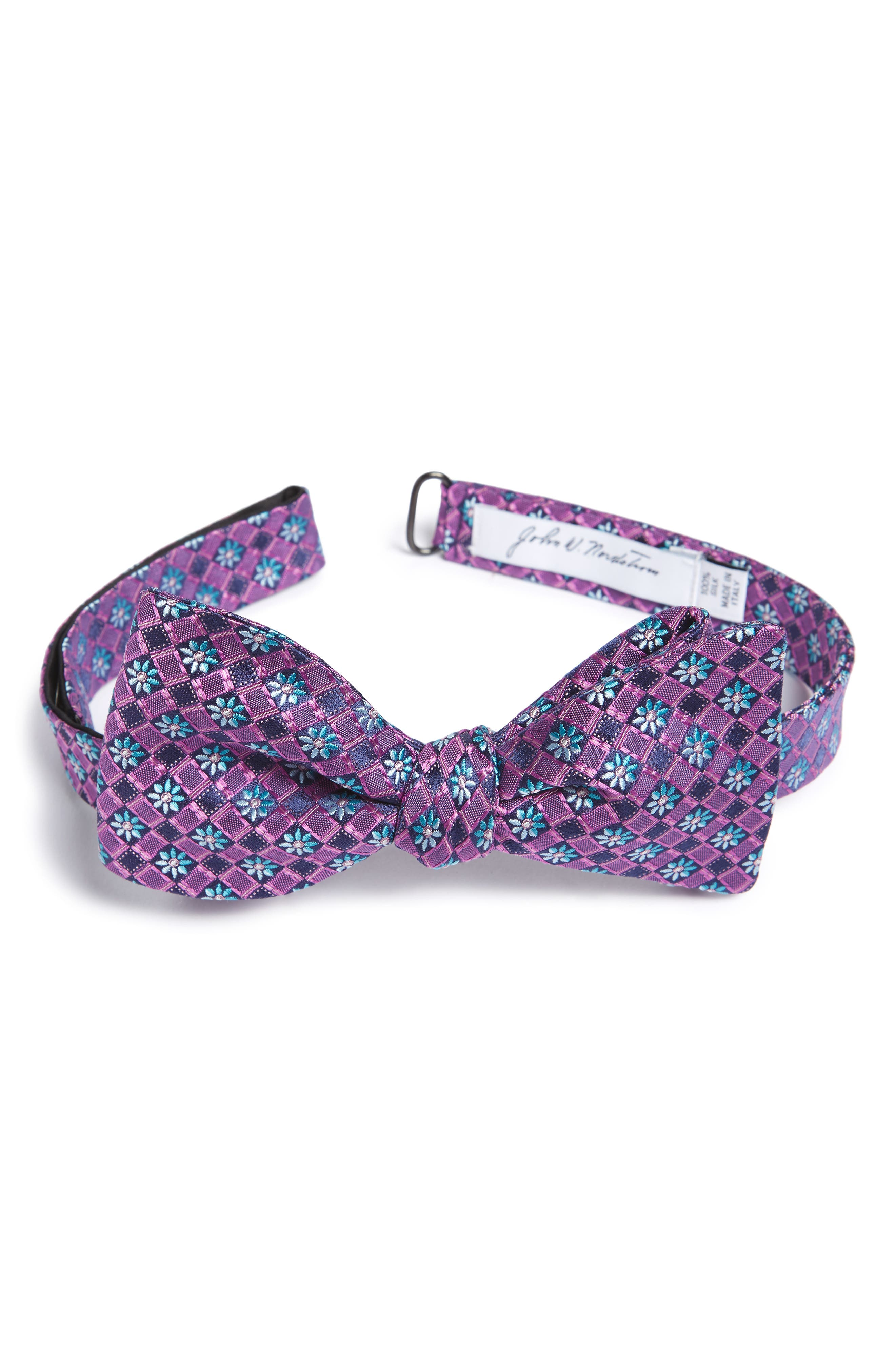 John W. Nordstrom® Mini Flower Silk Bow Tie