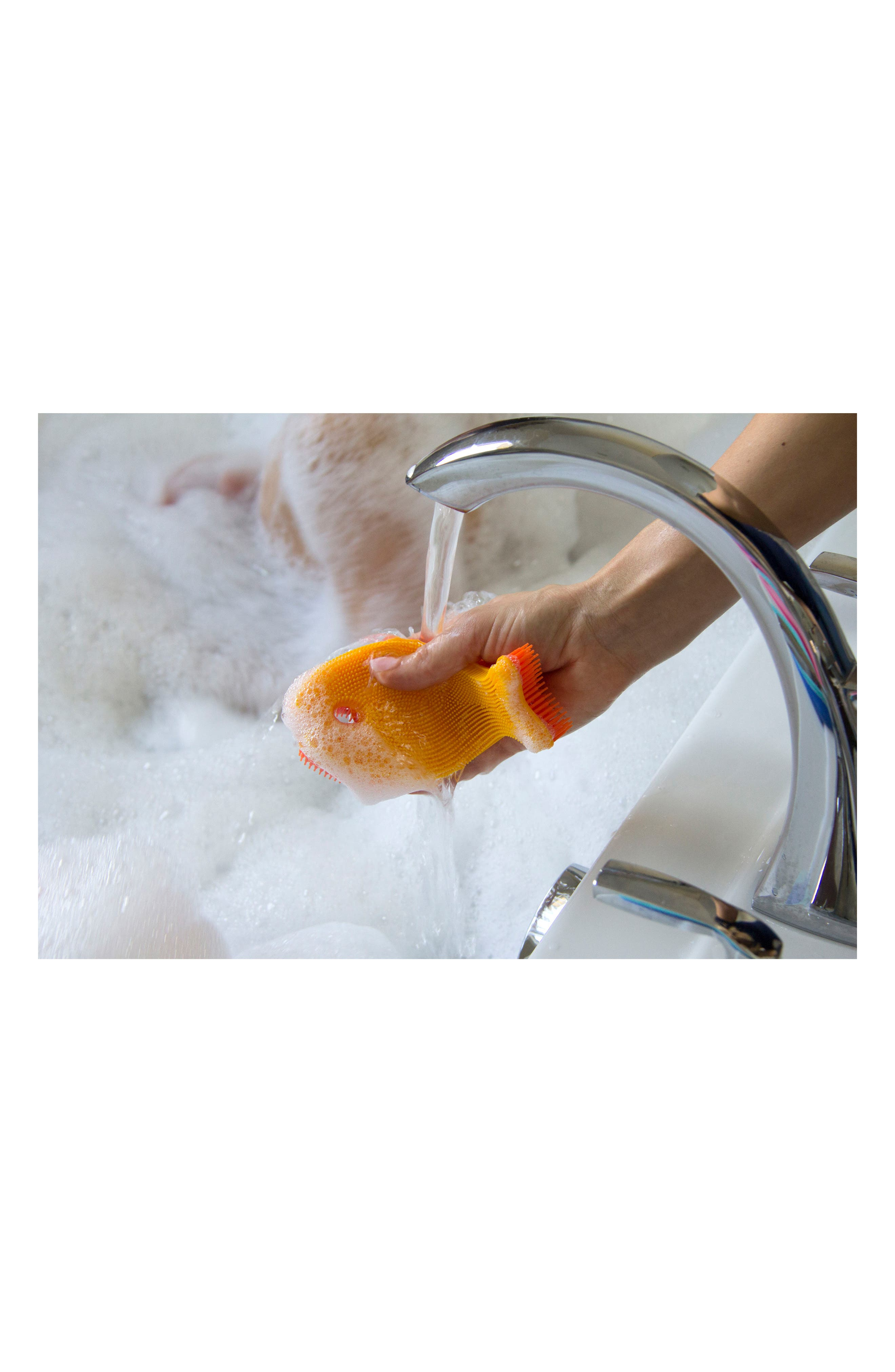 Set of 2 Fish Bath Scrubs,                             Alternate thumbnail 5, color,