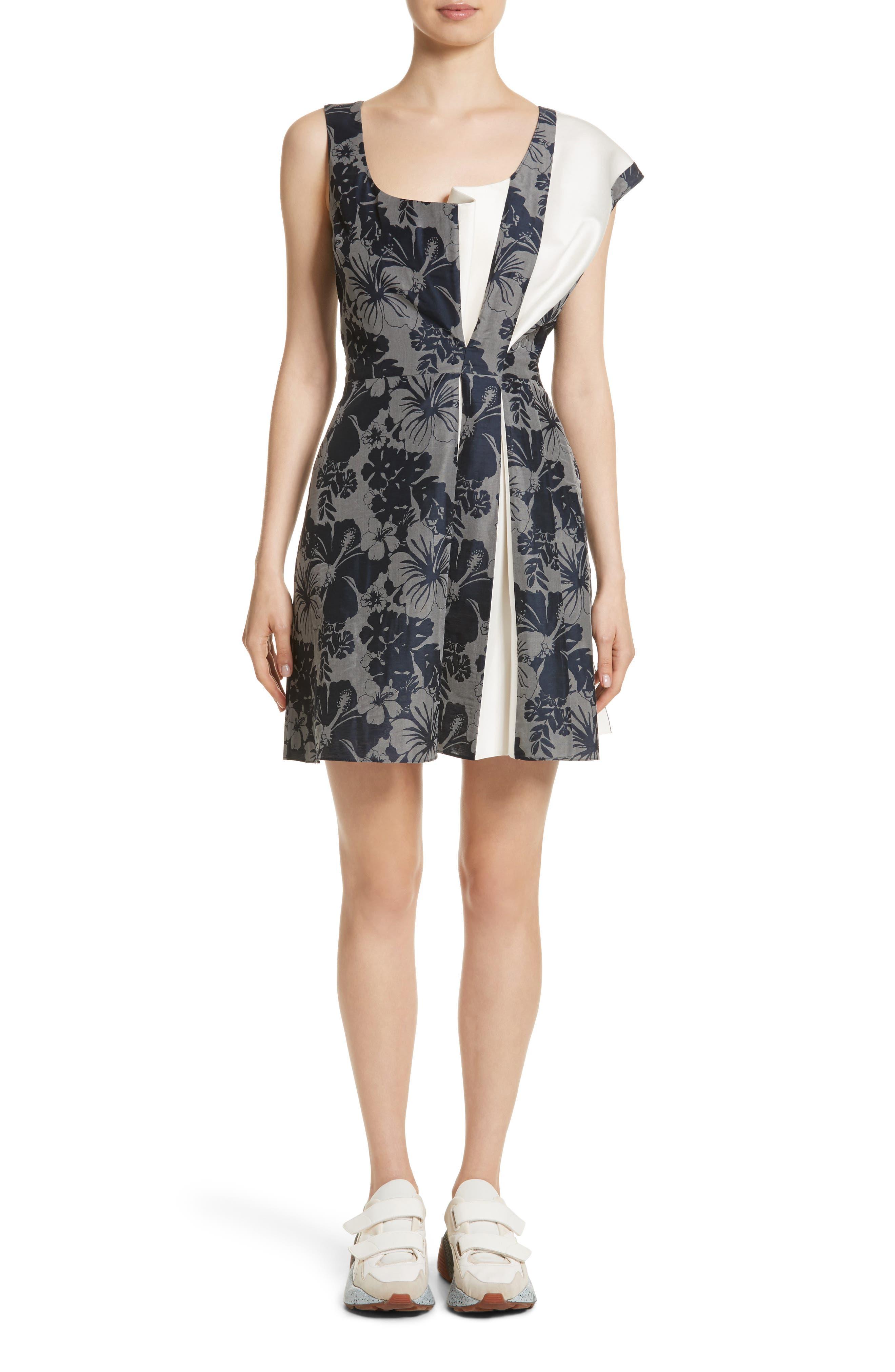 Main Image - Stella McCartney Pleated Floral Jacquard Dress