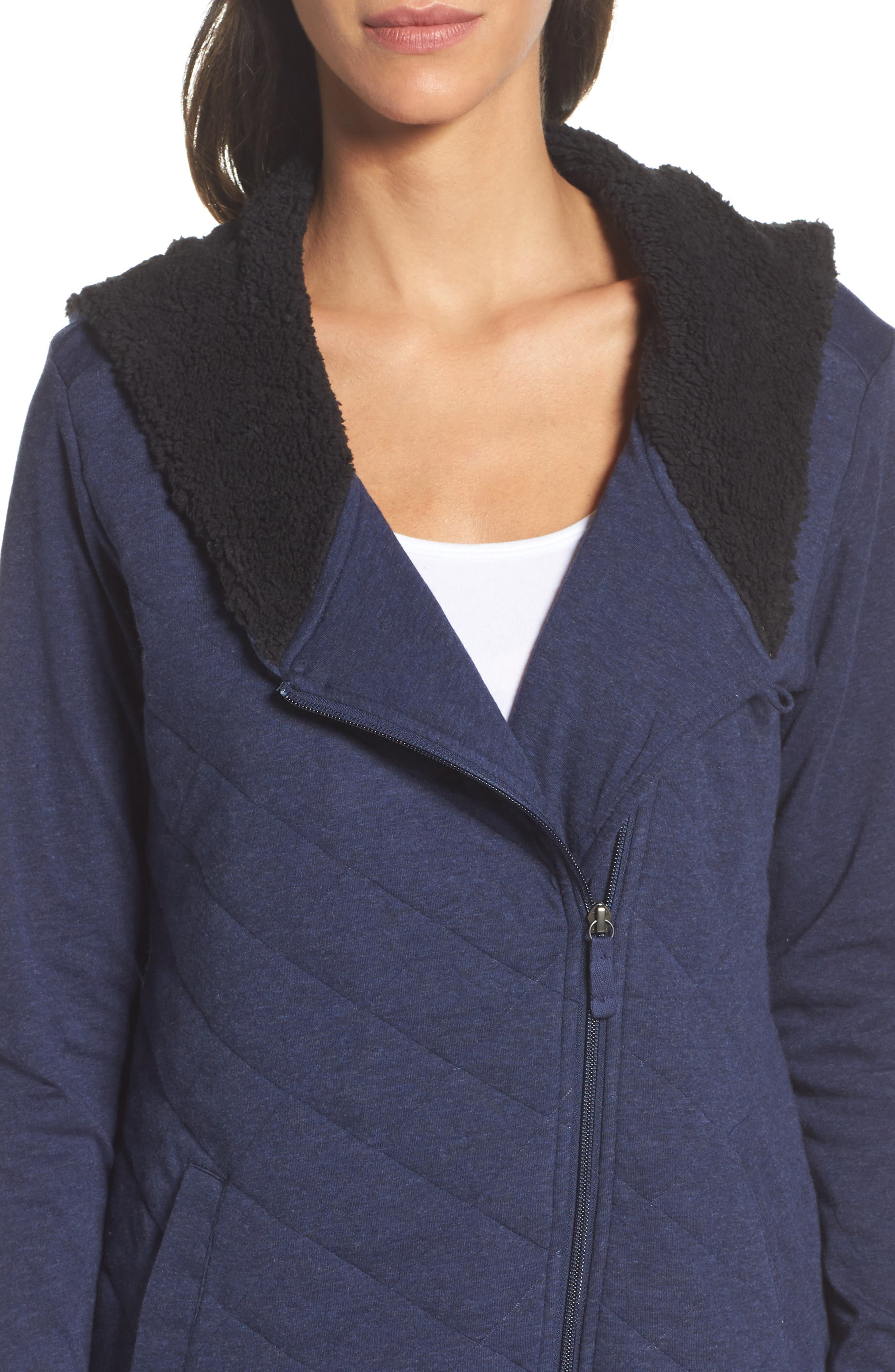 'Kayla' Quilted Hoodie,                             Alternate thumbnail 5, color,                             Navy Heather