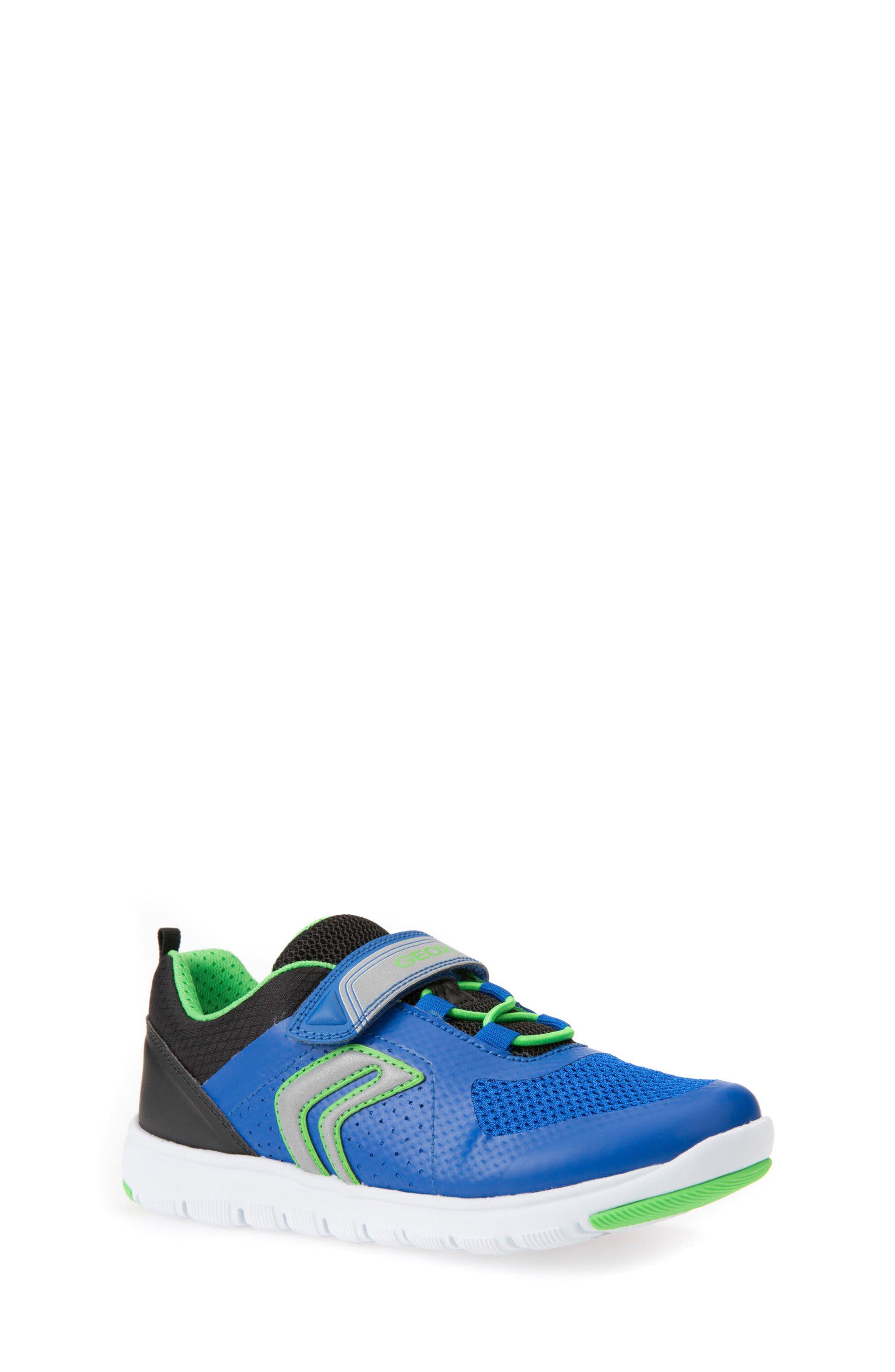 Alternate Image 1 Selected - Geox Xunday Low Top Sneaker (Toddler, Little Kid & Big Kid)