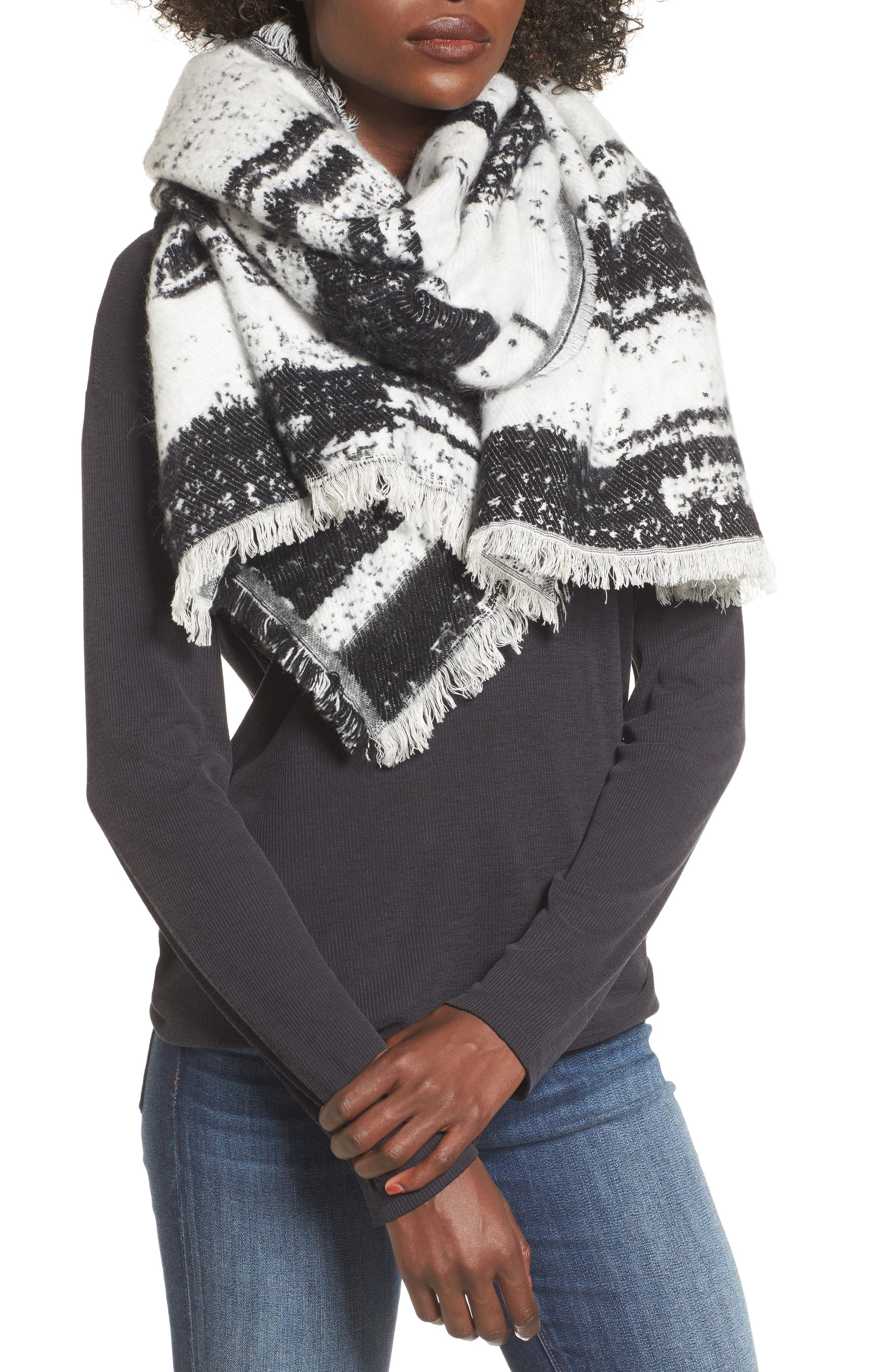 Textured Blanket Scarf,                         Main,                         color, Black White Combo