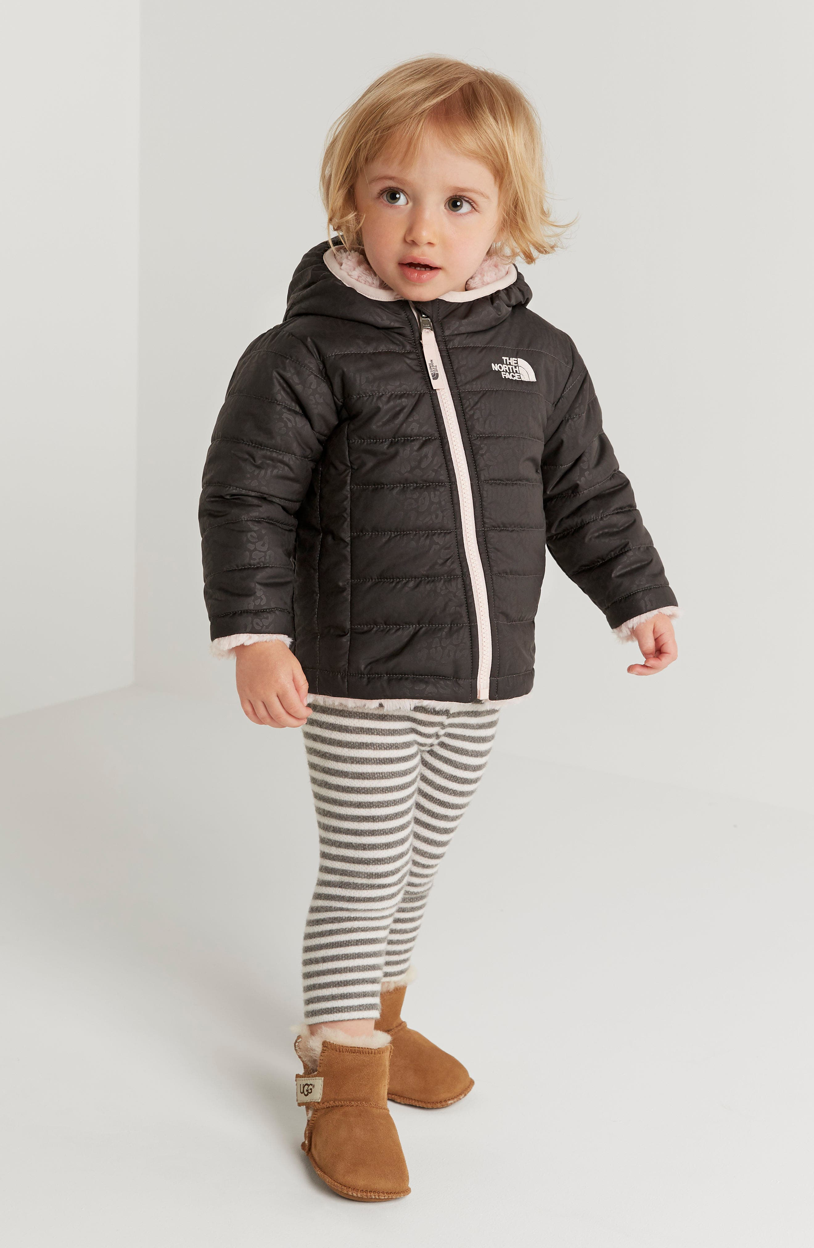 Alternate Image 4  - The North Face Mossbud Swirl Reversible Water Repellent Jacket (Baby Girls)