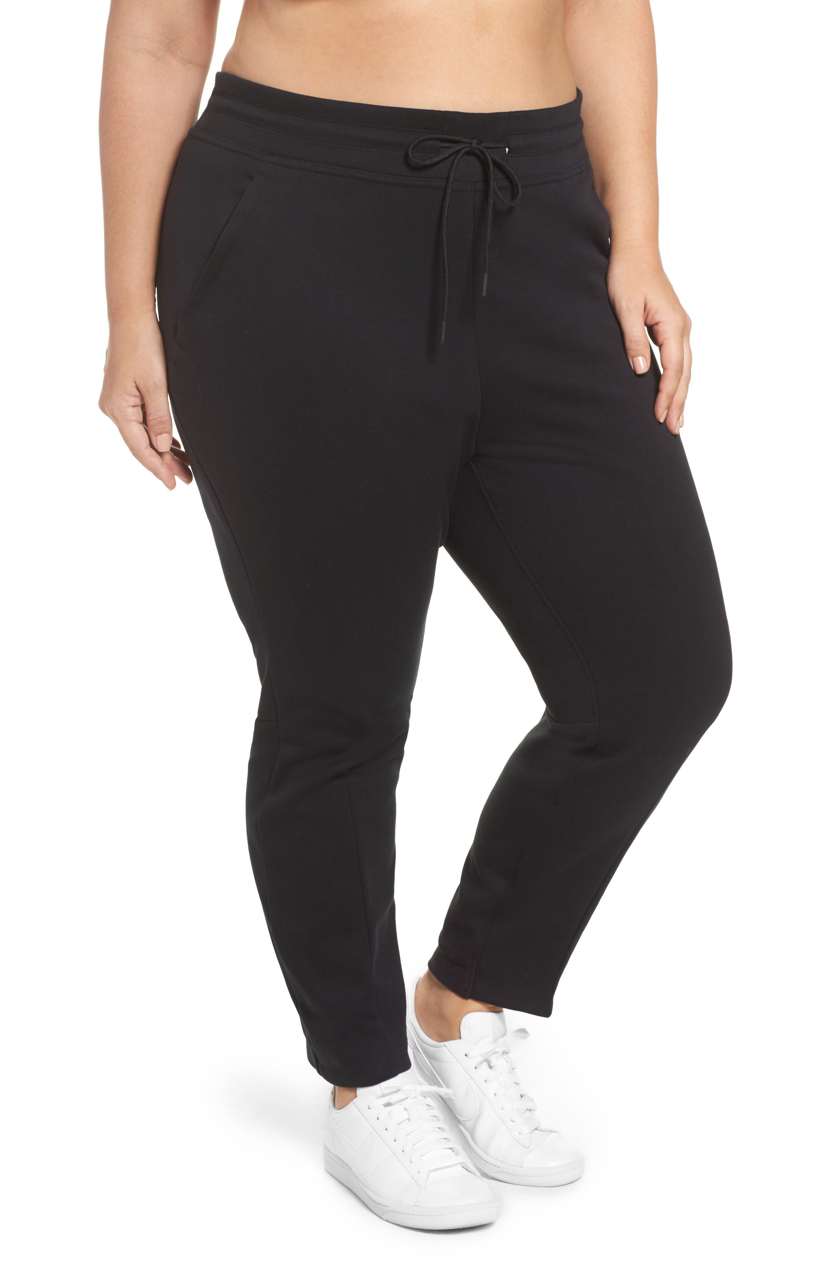 Nike Tech Fleece Jogger Pants (Plus Size)