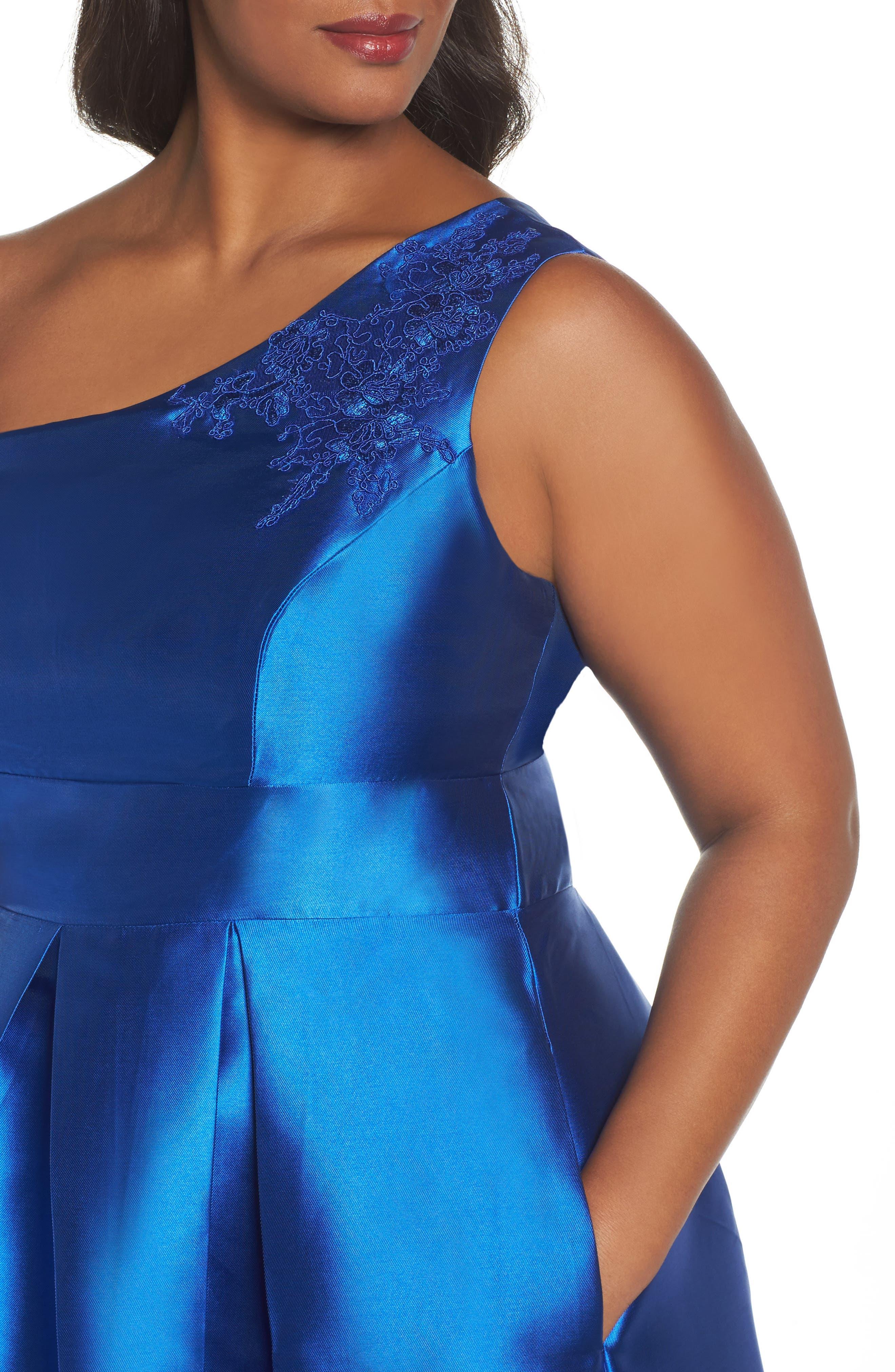 Alternate Image 4  - Sangria Appliquéd One Shoulder Ballgown (Plus Size)