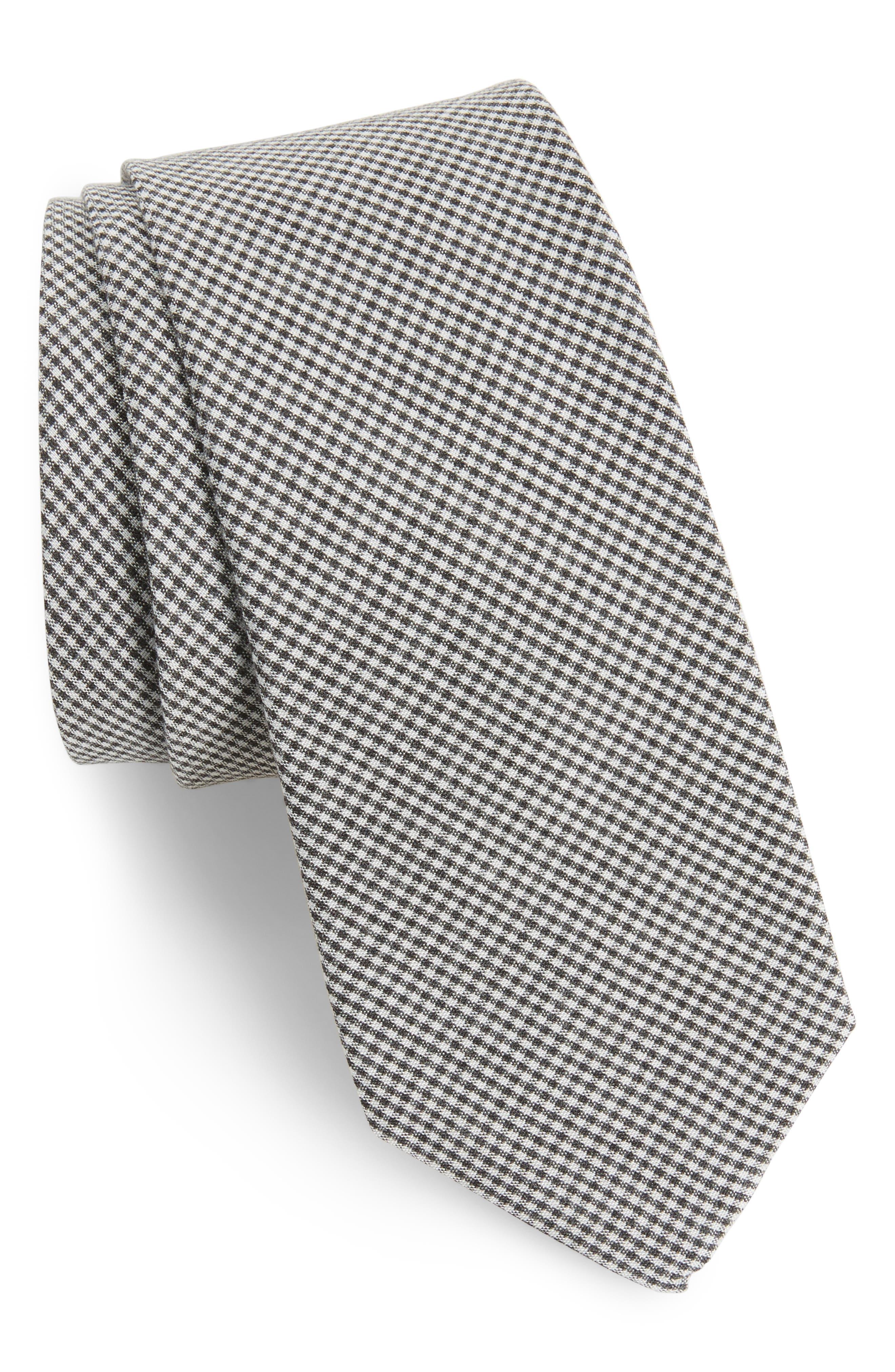 1901 Celera Gingham Skinny Tie