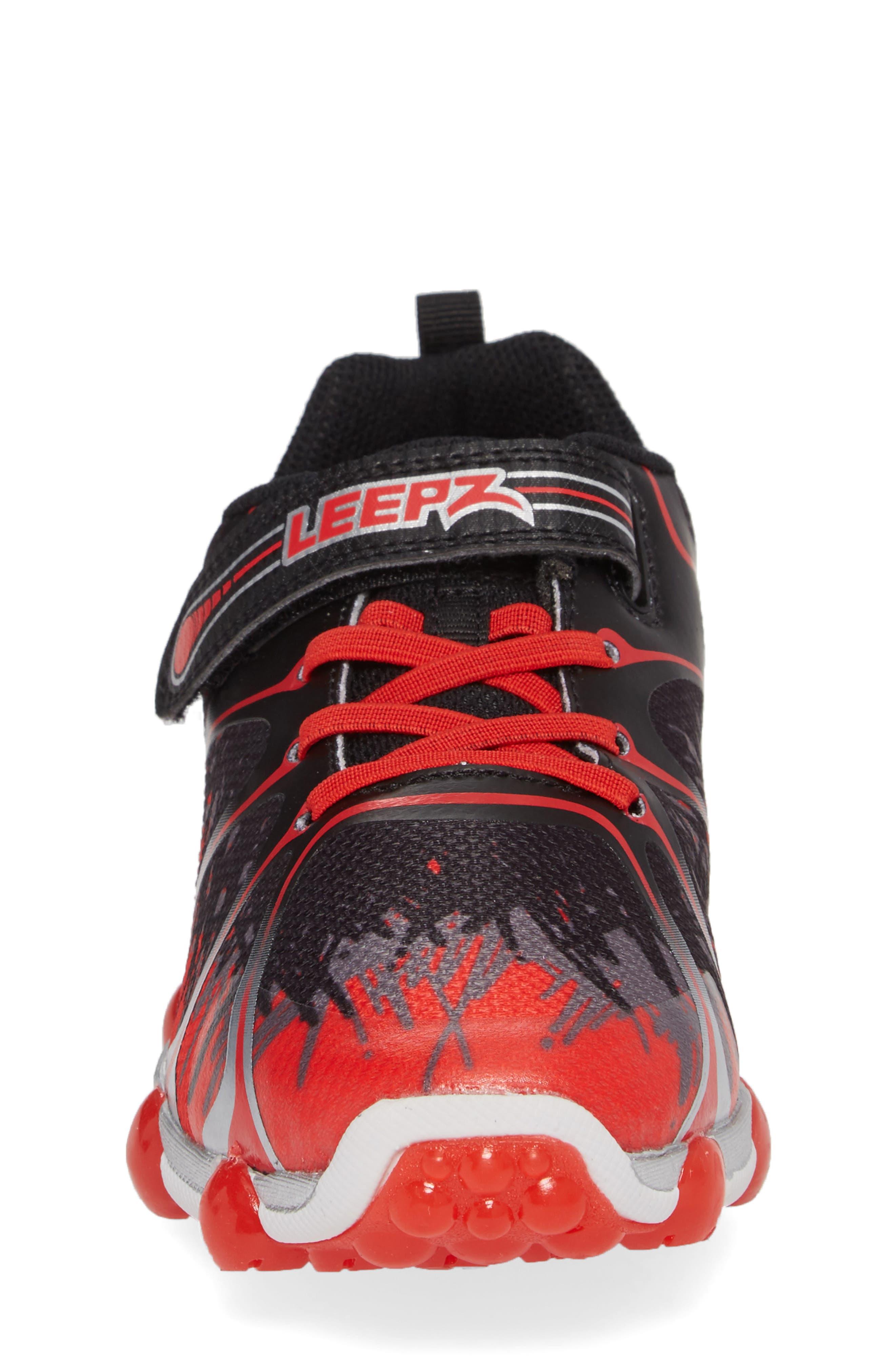 Alternate Image 4  - Stride Rite 'Leepz' Light-Up Sneaker (Walker, Toddler & Little Kid)