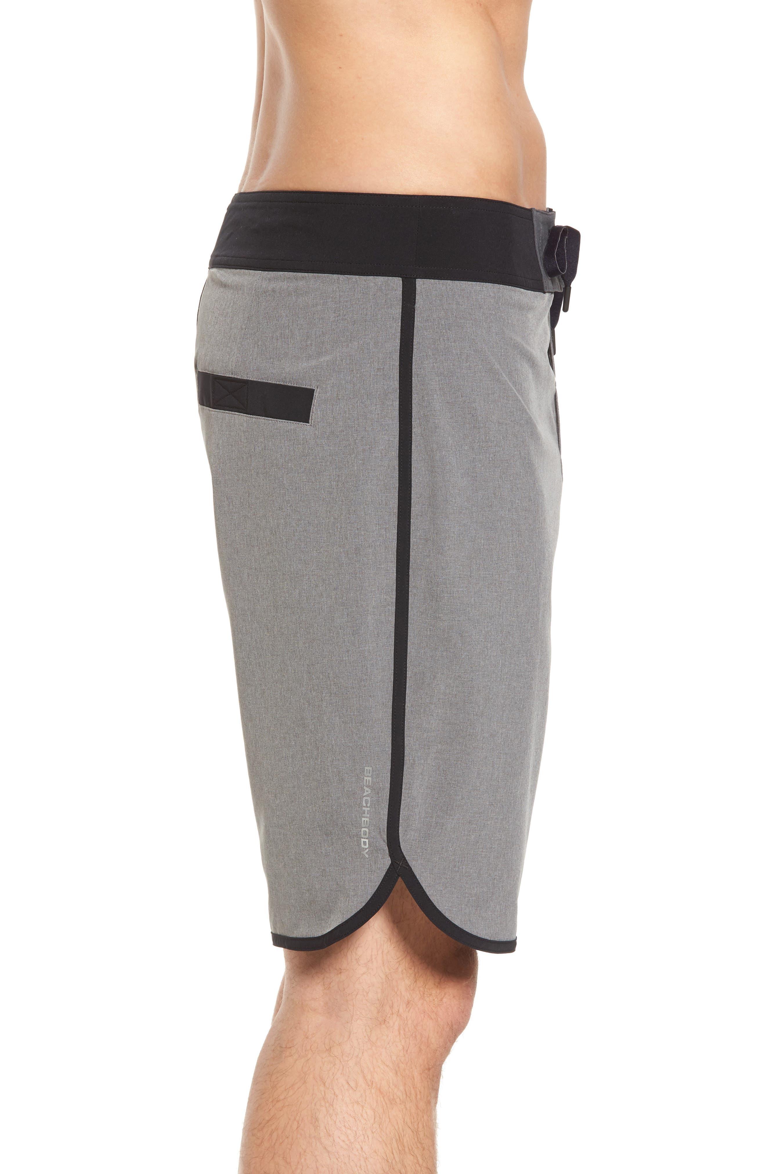 Alternate Image 3  - Beachbody Flex Hybrid Athletic Shorts
