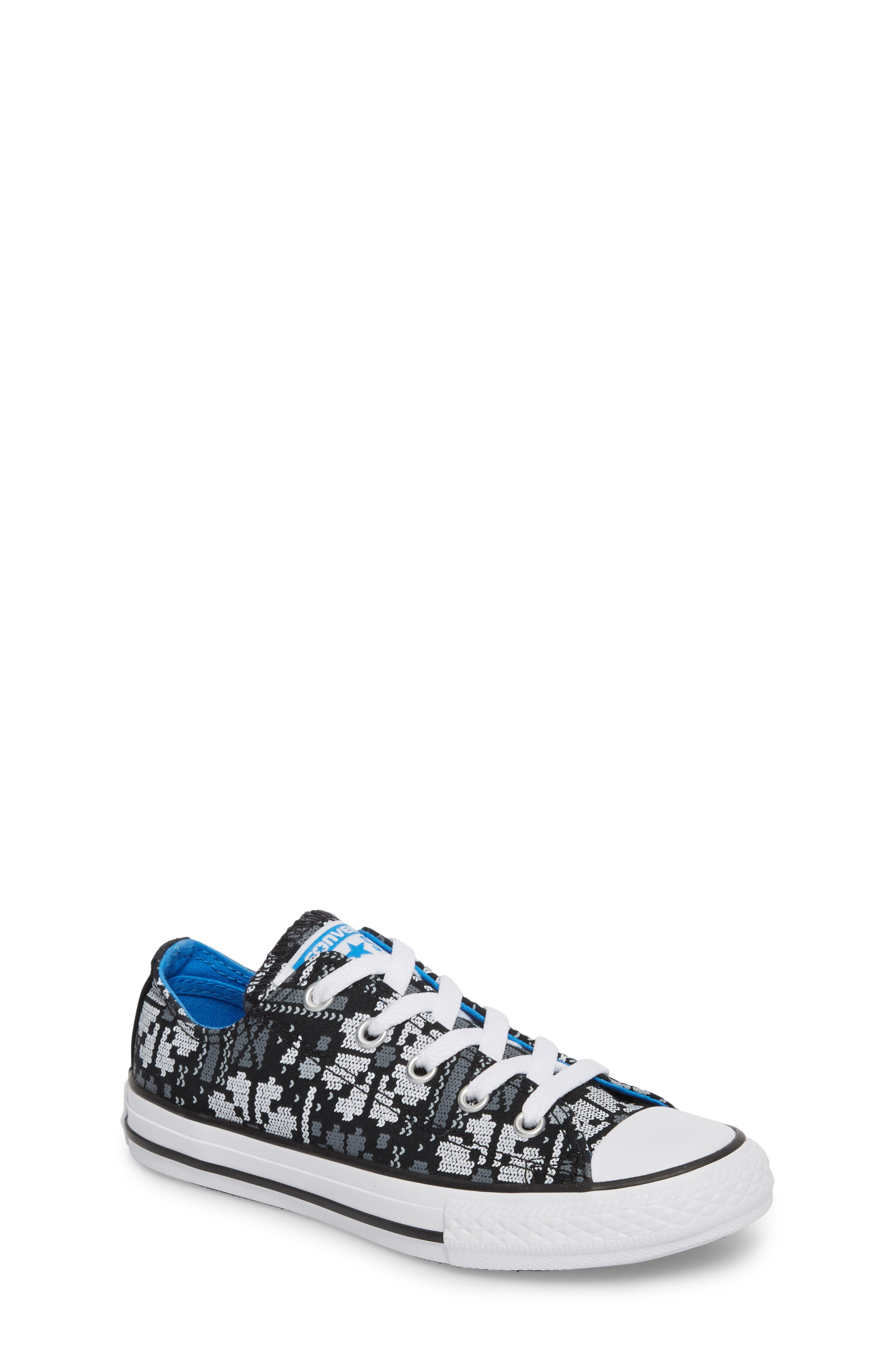 Chuck Taylor<sup>®</sup> All Star<sup>®</sup> Winter Ox Sneaker,                         Main,                         color, Black Canvas