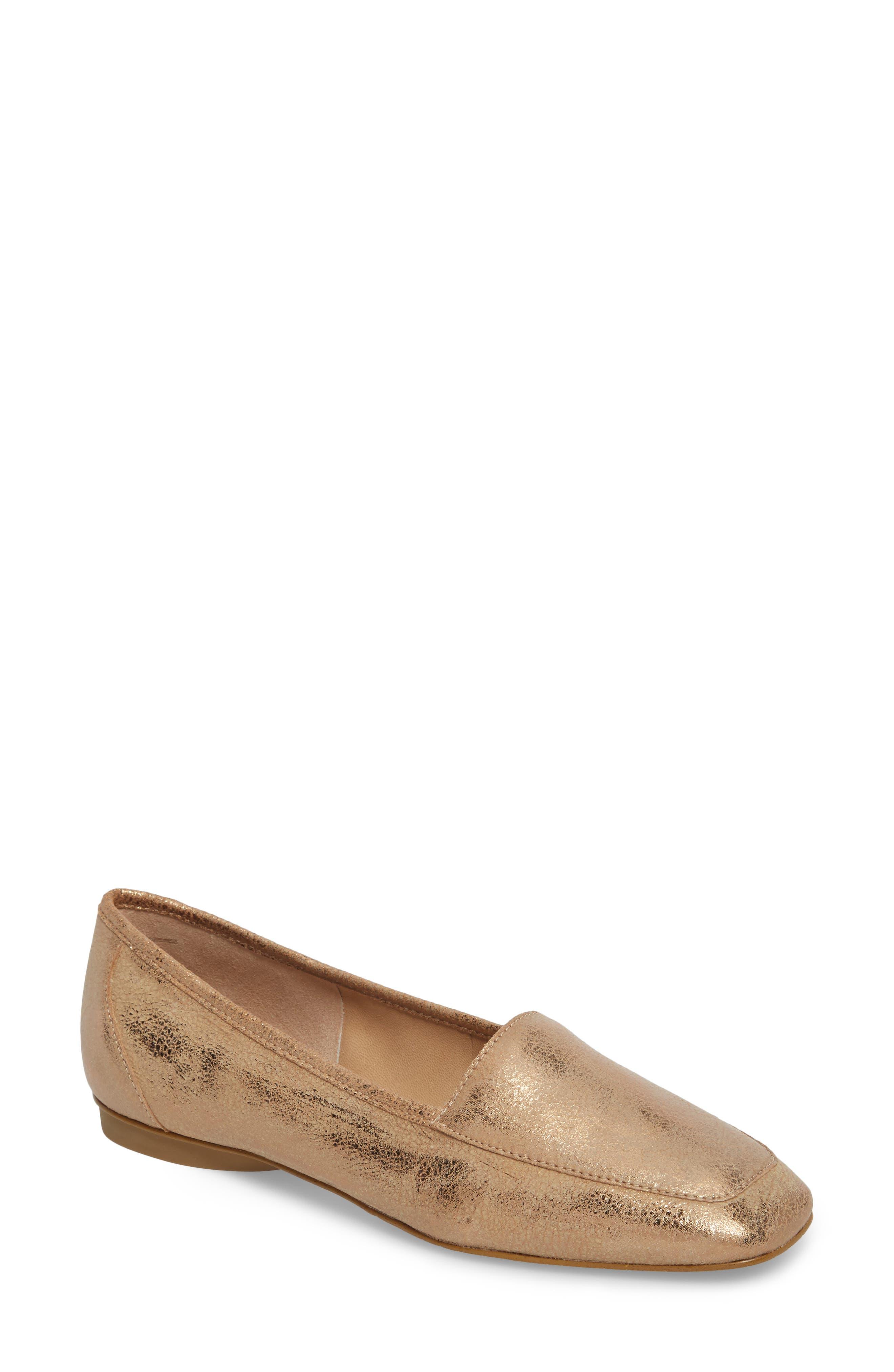 Donald Pliner Deedee Apron Toe Flat (Women)