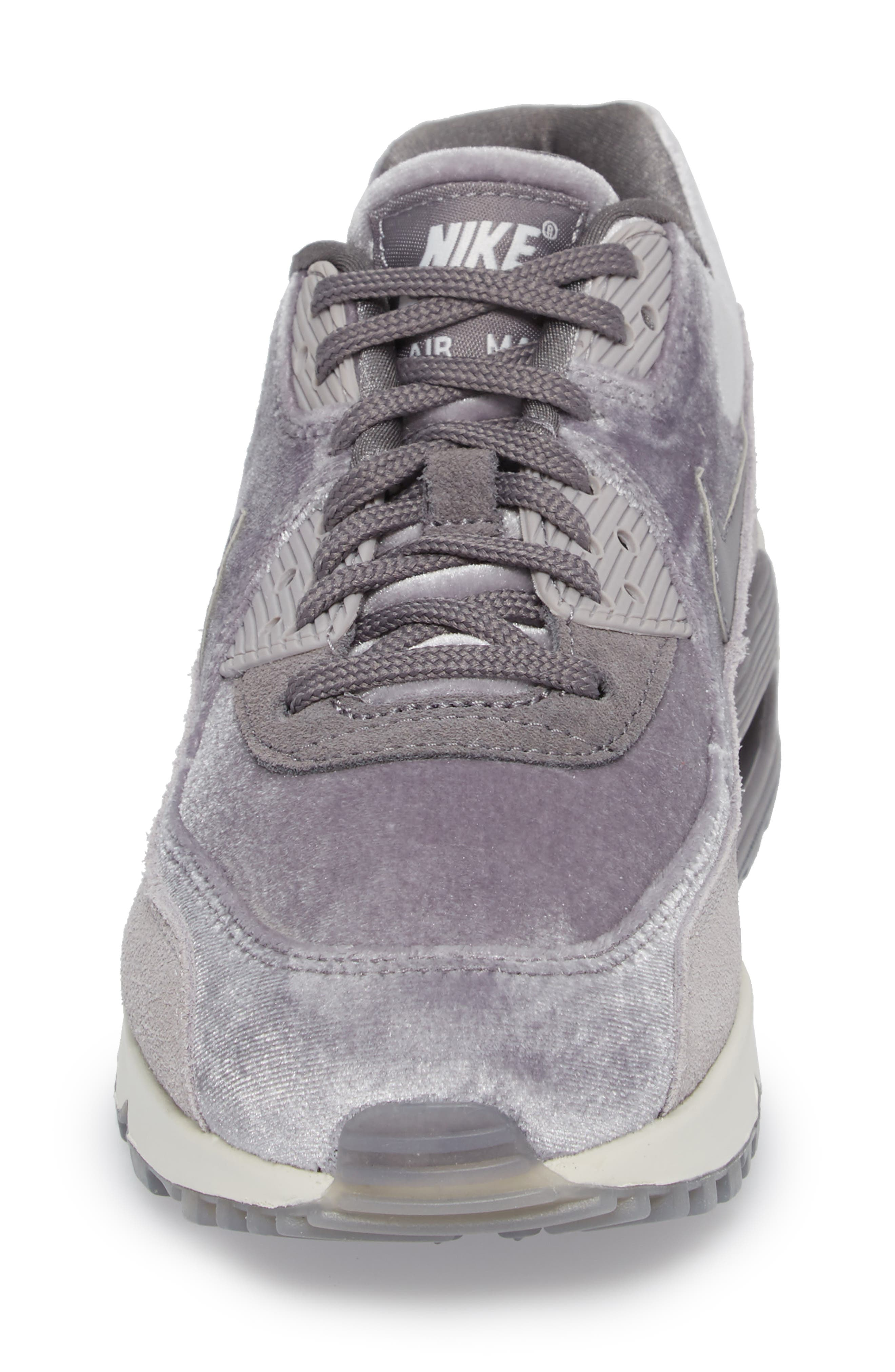 Air Max 90 LX Sneaker,                             Alternate thumbnail 4, color,                             Smoke/ Smoke