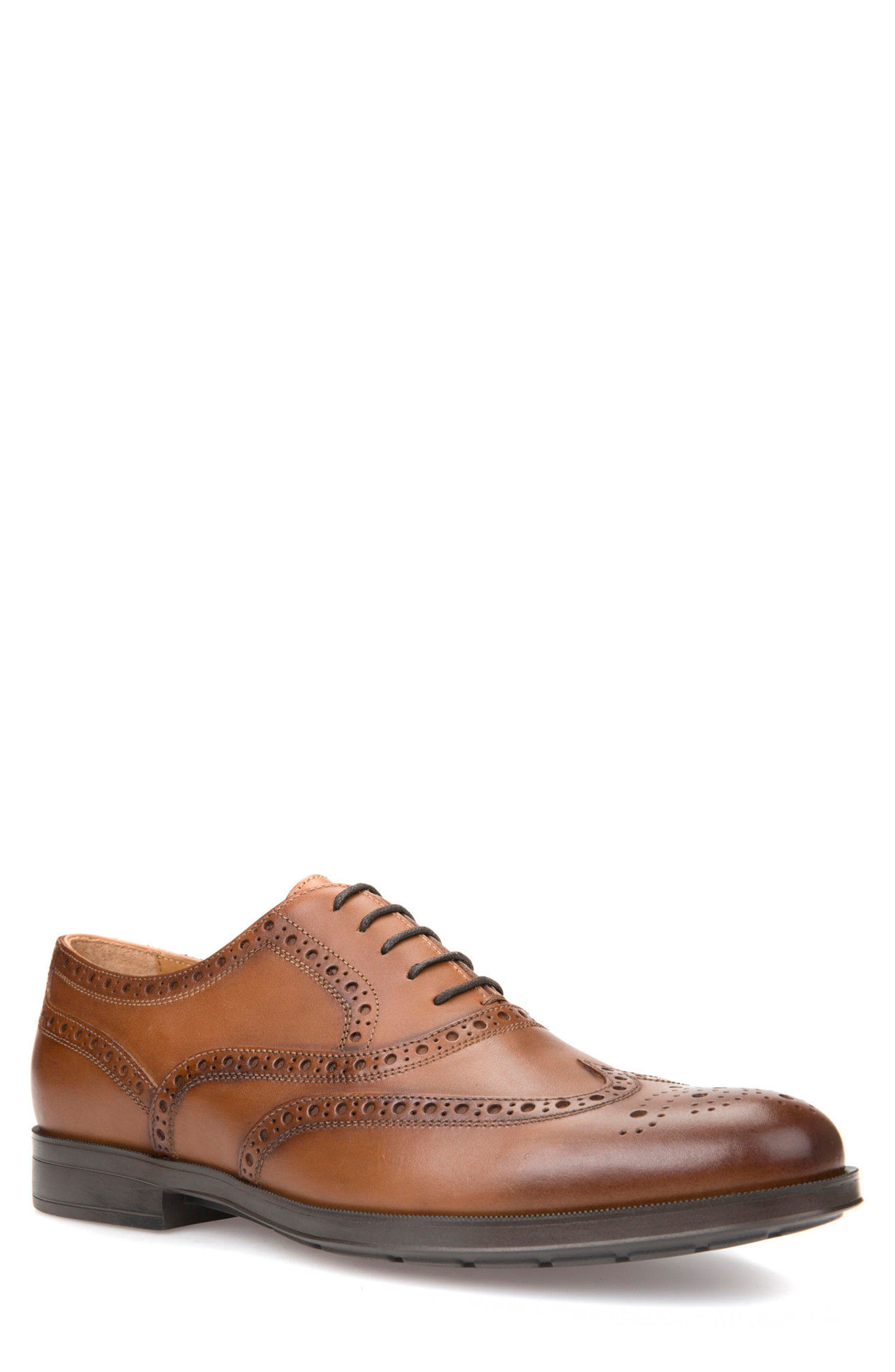 Hilstone 2Fit 2 Wingtip Oxford,                         Main,                         color, Cognac Leather