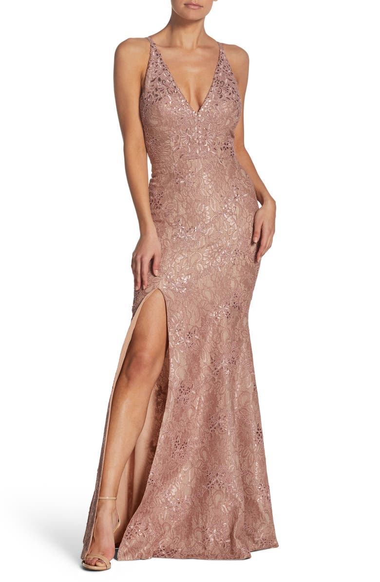 Dress The Population IRIS PLUNGING LACE TRUMPET GOWN