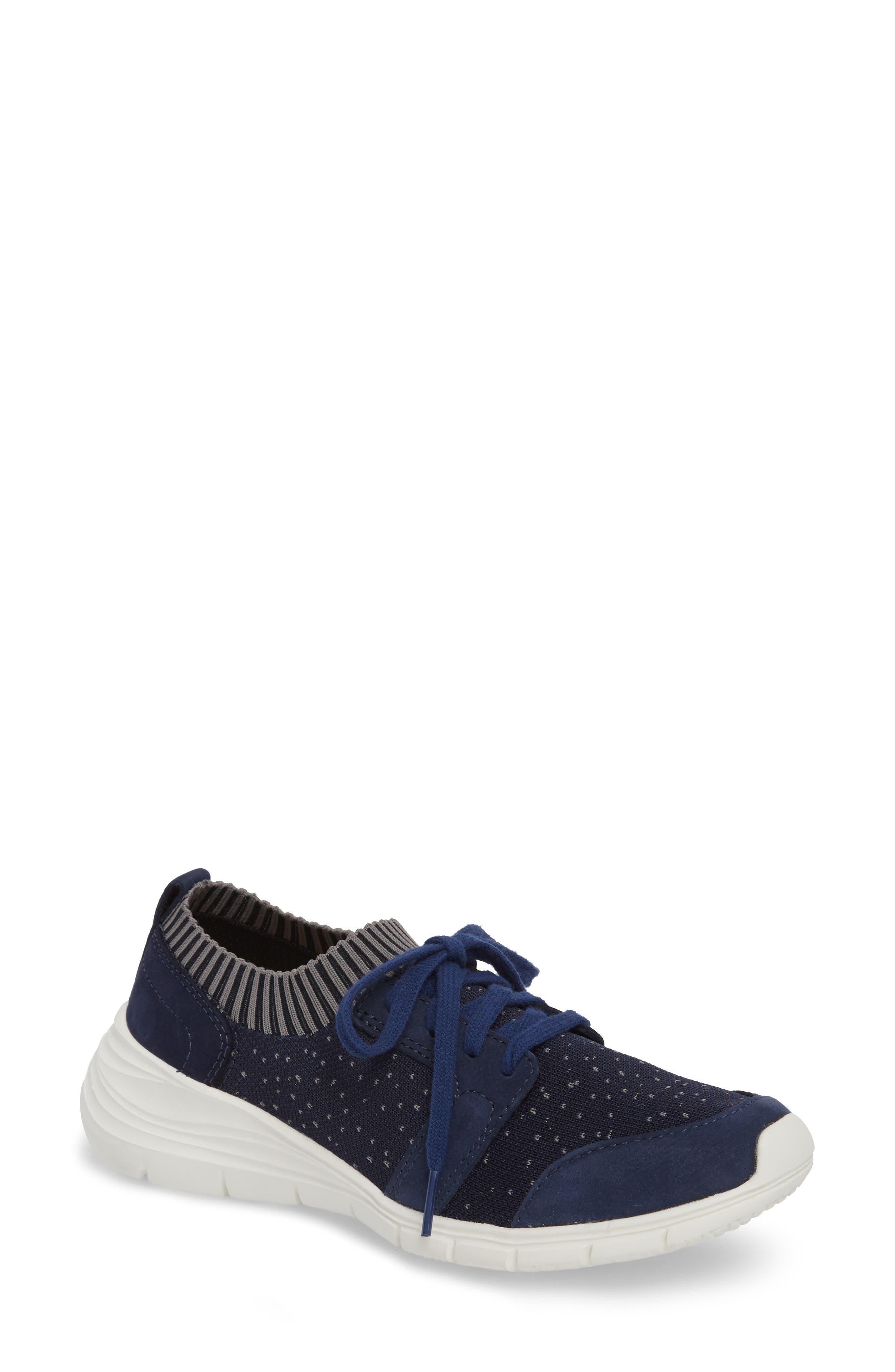 Hush Puppies® Cypress Knit Sneaker (Women)