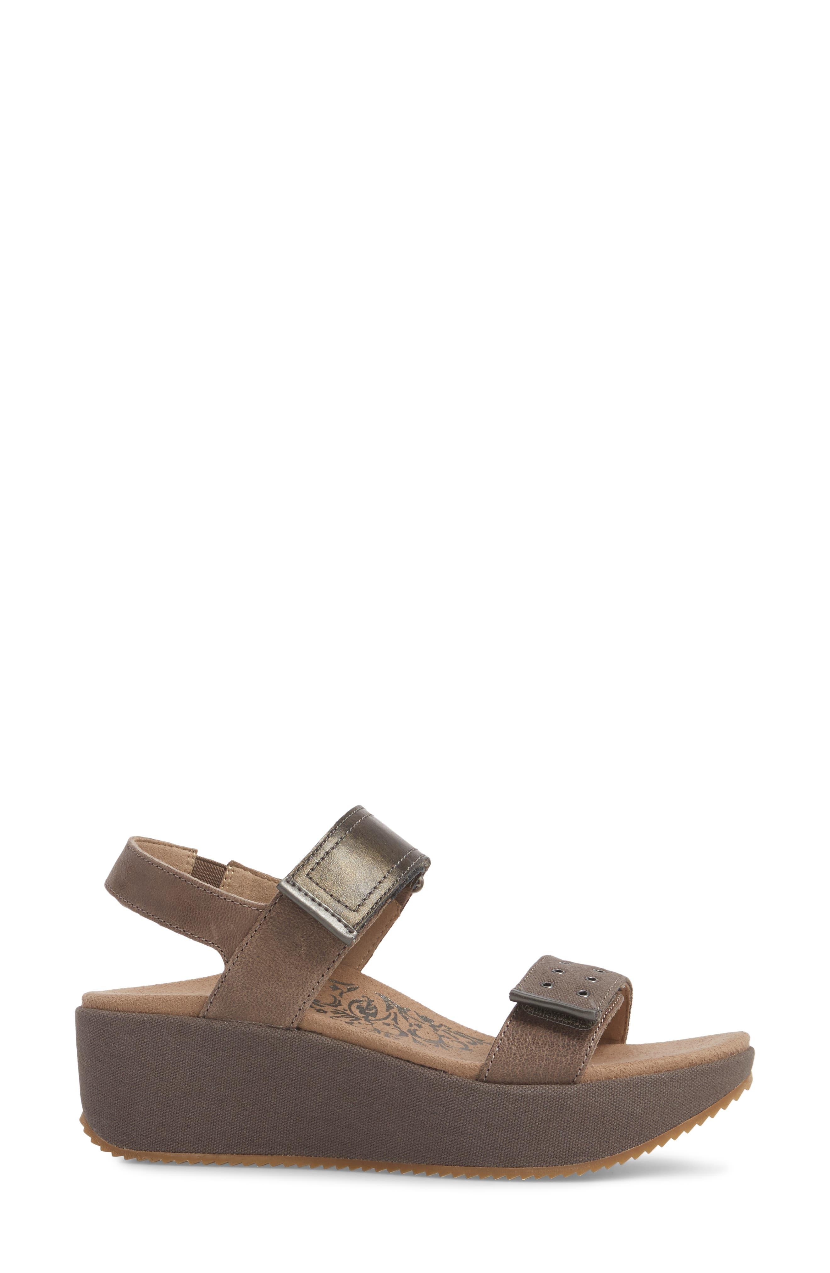 Tiffany Wedge Sandal,                             Alternate thumbnail 3, color,                             Stone Leather
