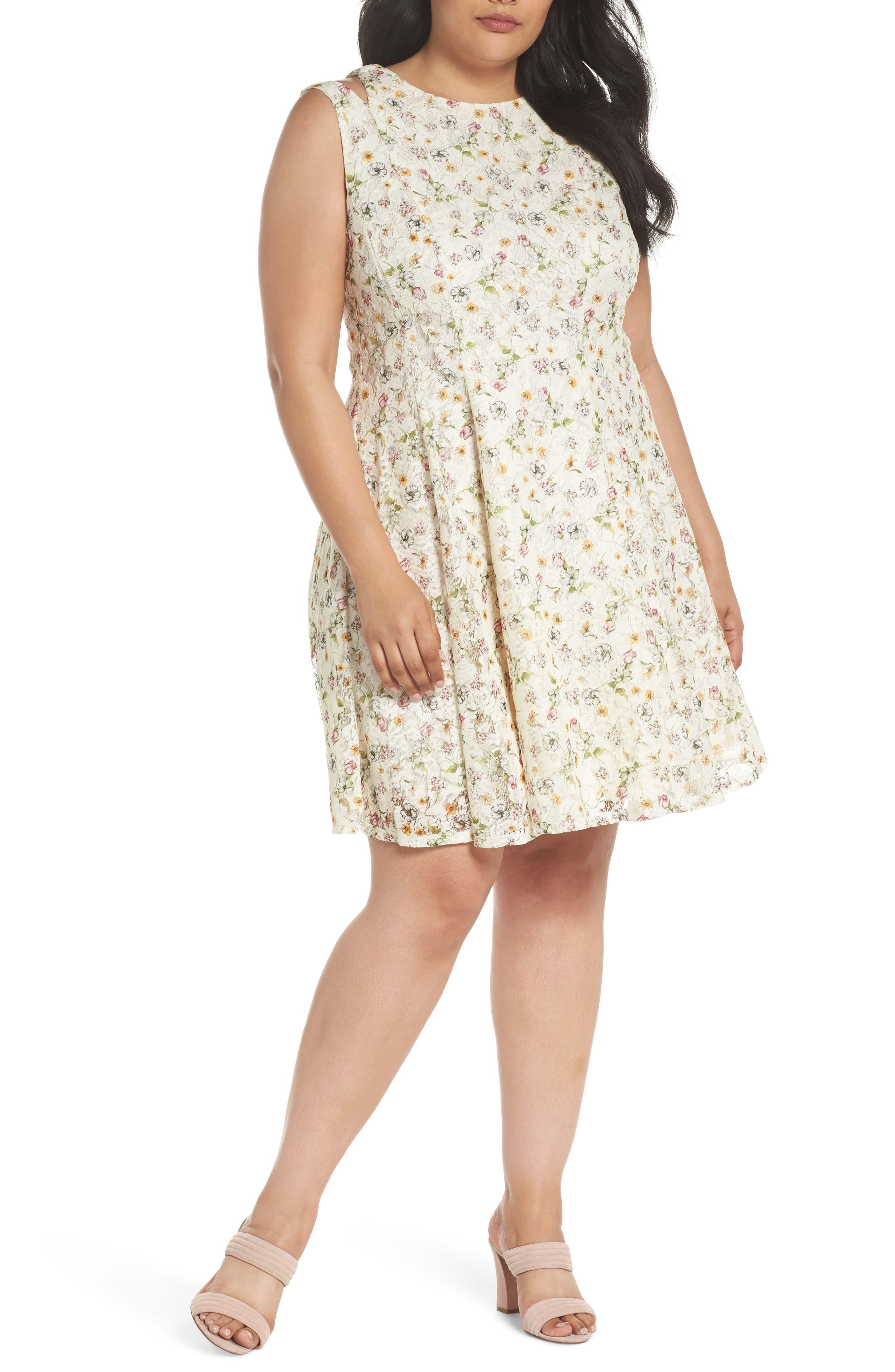Main Image - Gabby Skye Cutout Shoulder Floral Print Lace Dress (Plus Size)