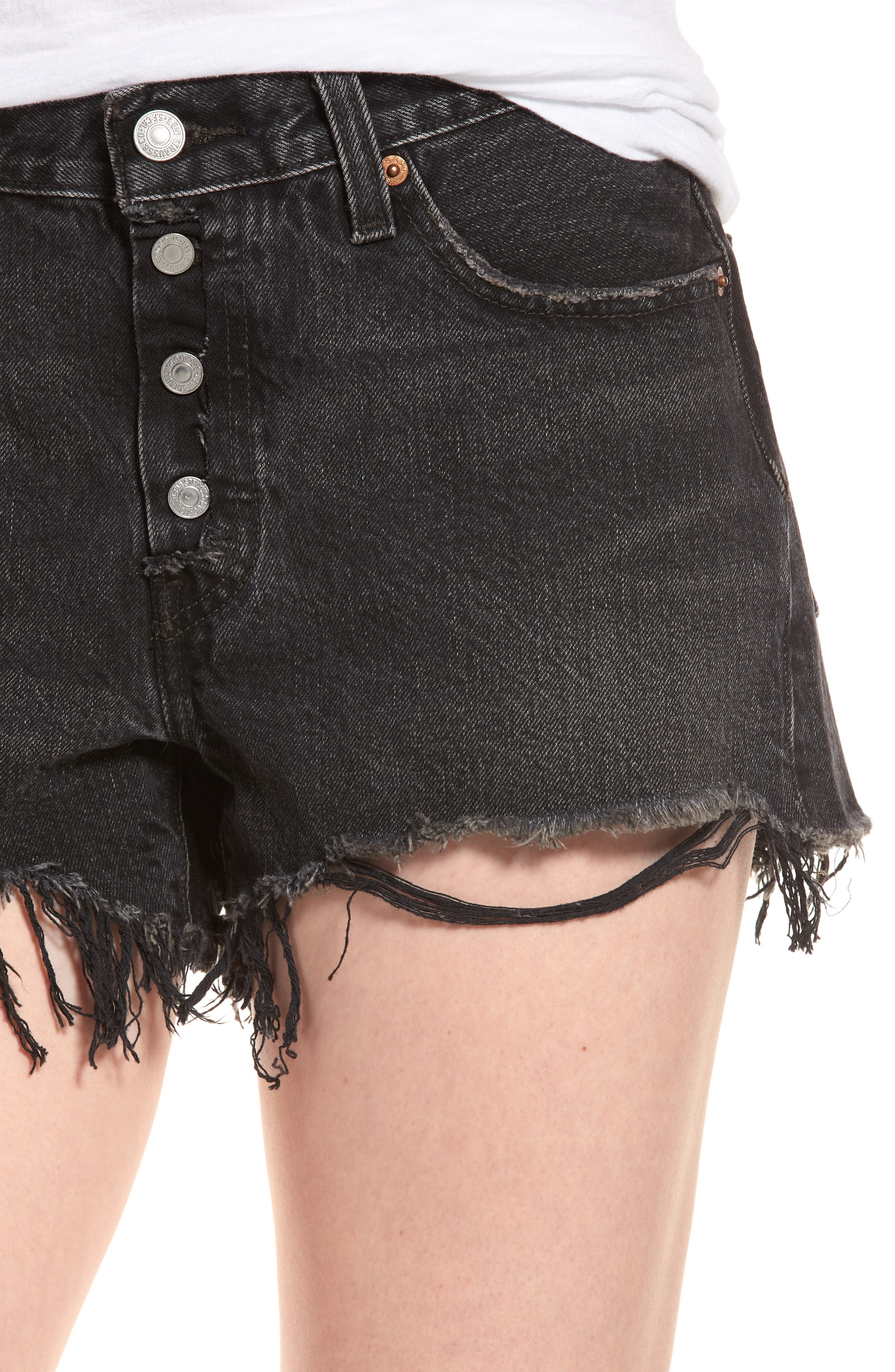 501<sup>®</sup> Cutoff Denim Shorts,                             Alternate thumbnail 4, color,                             Black Eye