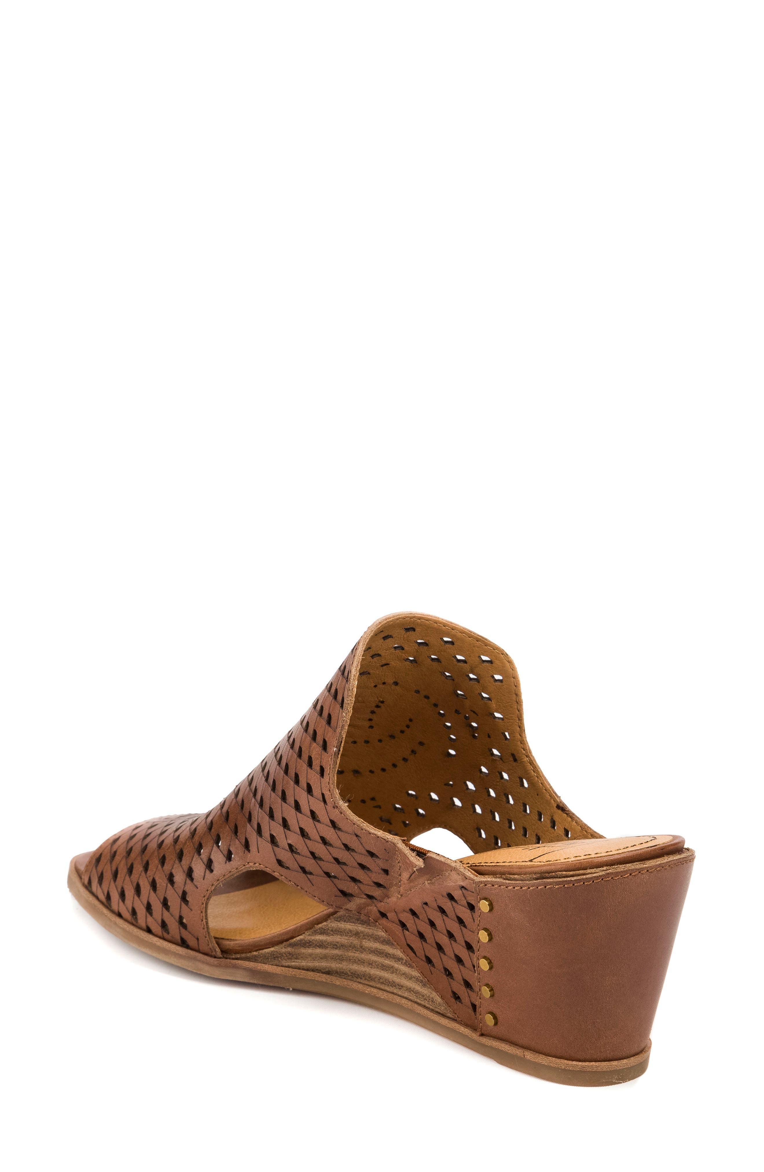 Janis Laser Cut Wedge Sandal,                             Alternate thumbnail 2, color,                             Brush Brown Leather