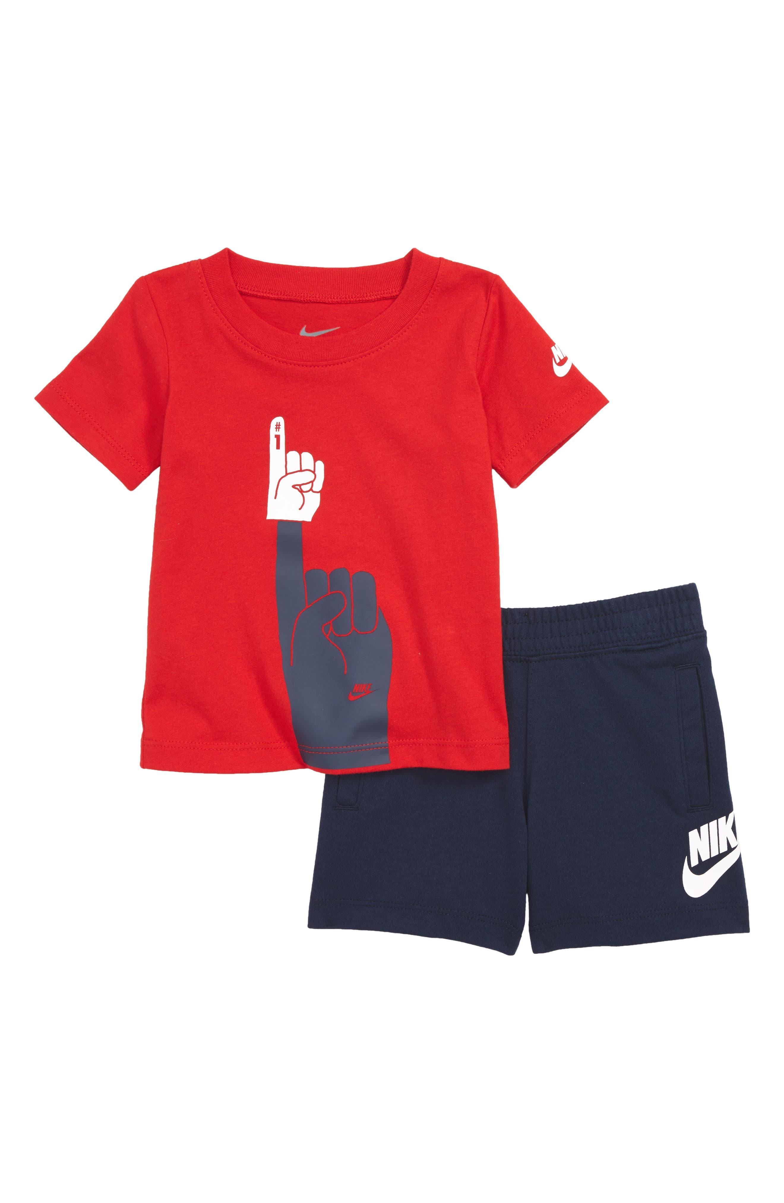 Nike Futura Foam Finger Graphic T-Shirt & Knit Shorts Set (Baby Boys)