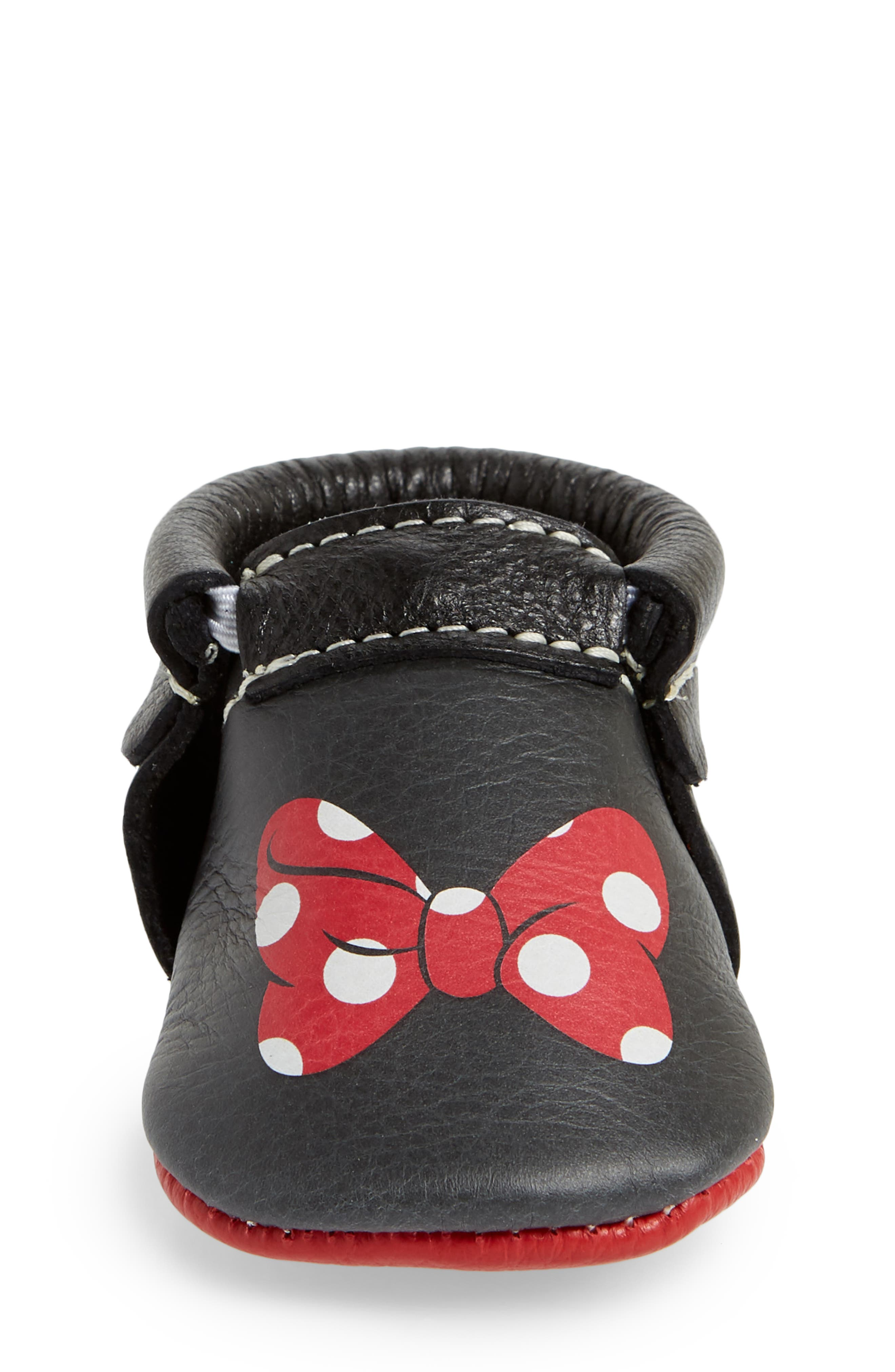 x Disney<sup>®</sup> Baby Minnie Mouse Crib Moccasin,                             Alternate thumbnail 4, color,                             Black Leather