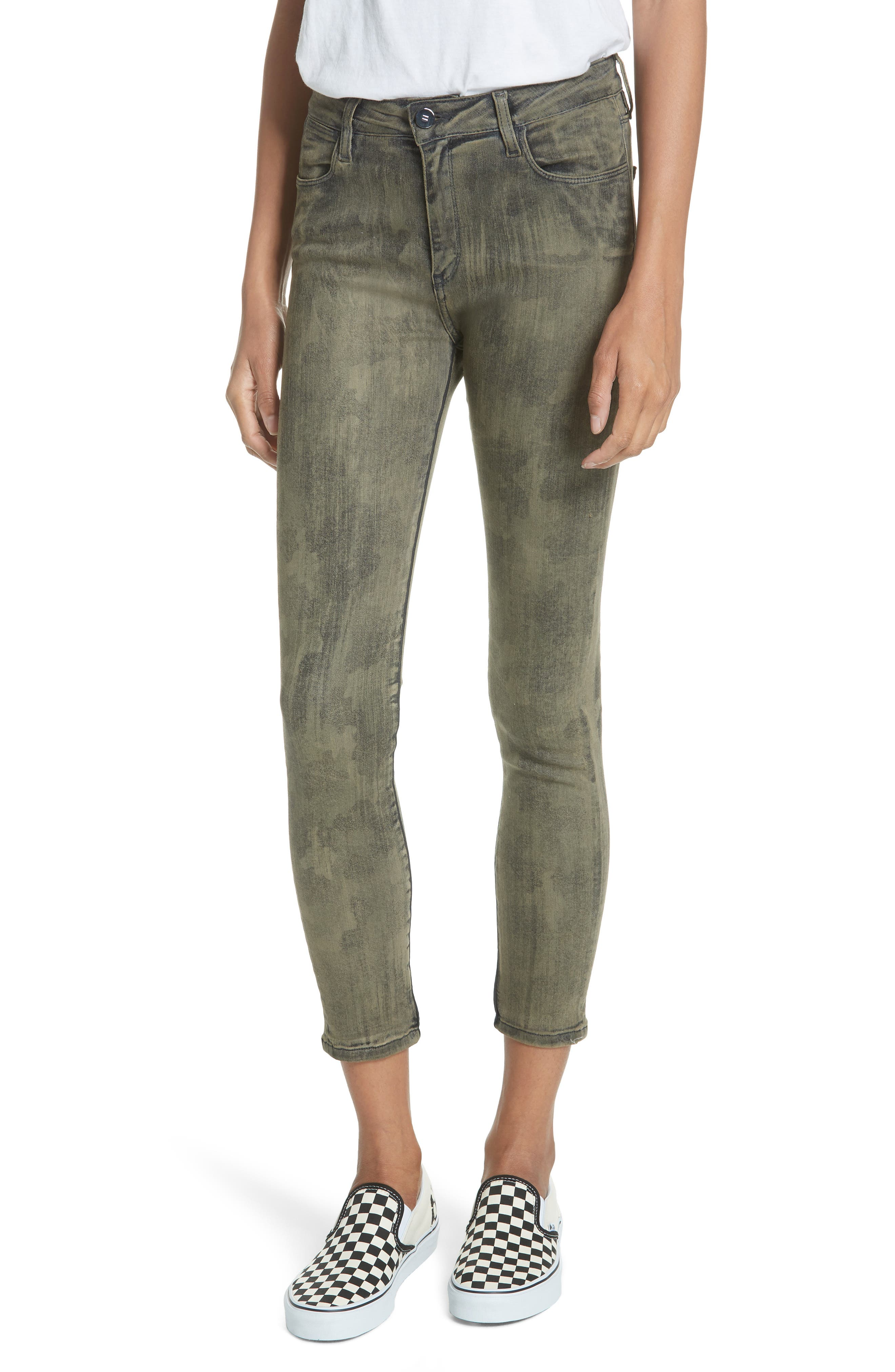 BROCKEN BOW Reina Camille Camouflage Skinny Jeans in Camou Army