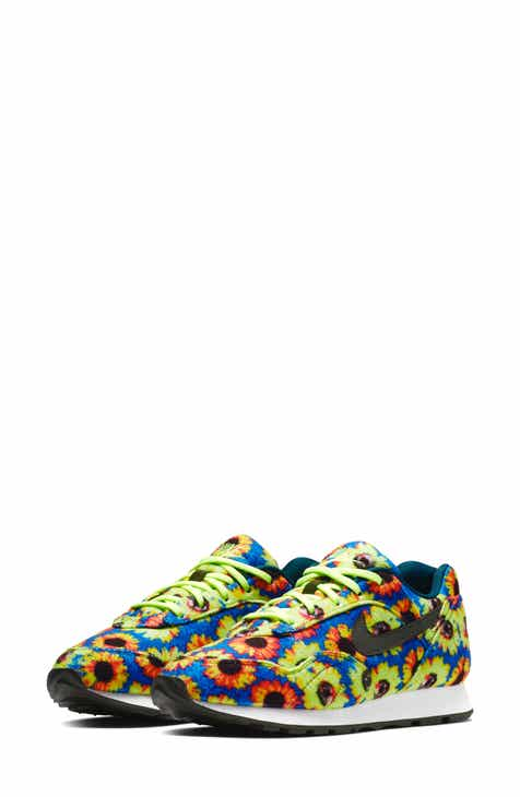 Nike Outburst SE Sneaker (Women) 917c1ff0f