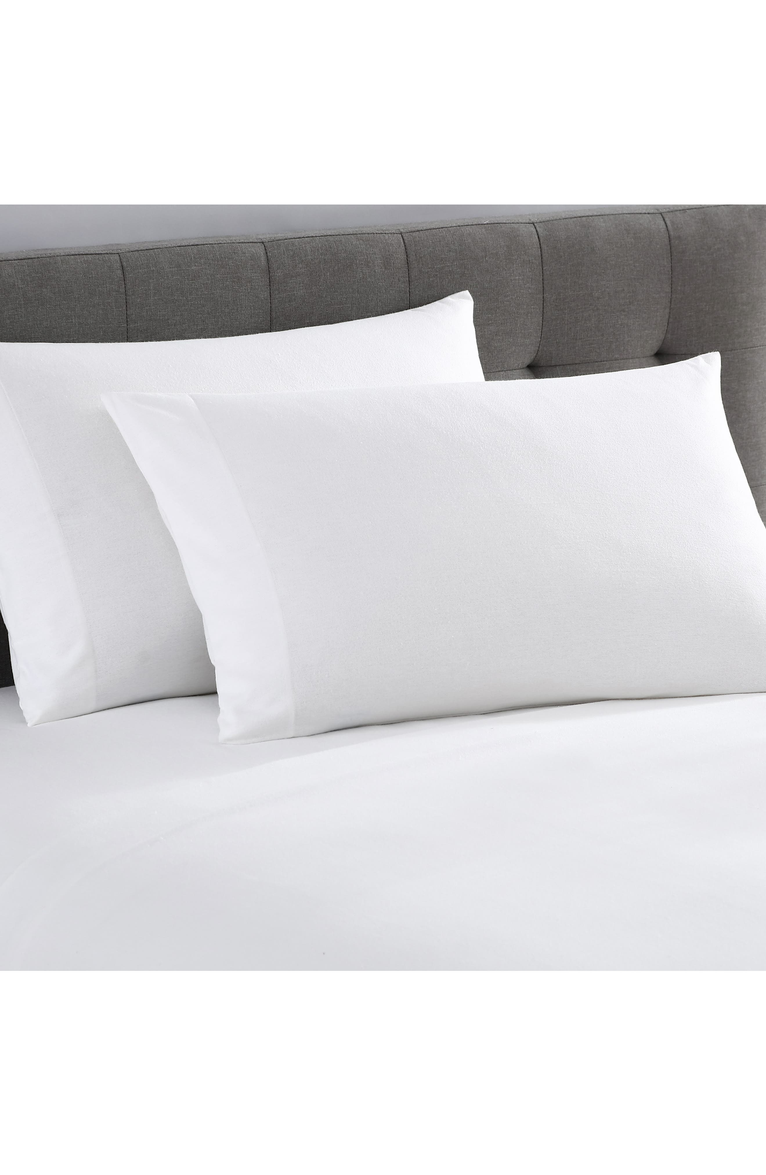 Matouk Pillowcases in Style Butterfield color Ocean Egyptian Cotton Retail $144