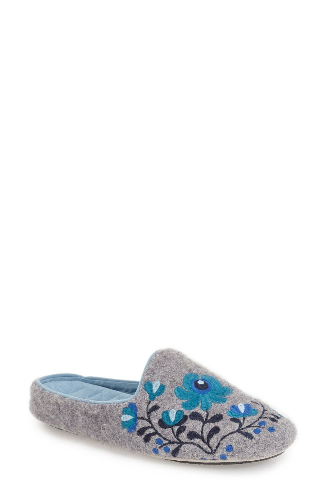 Acorn 'Flower Scuff' Slipper (Women)