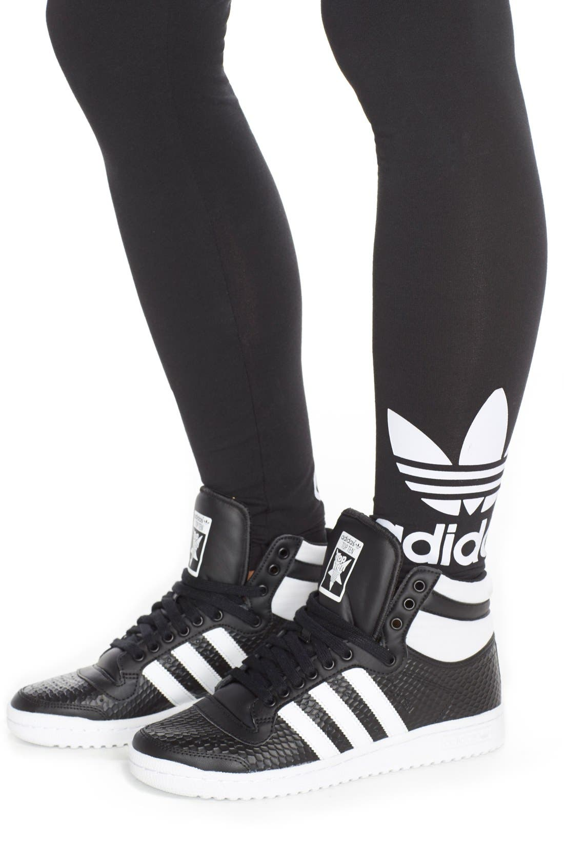Alternate Image 5  - adidas Originals Logo Leggings