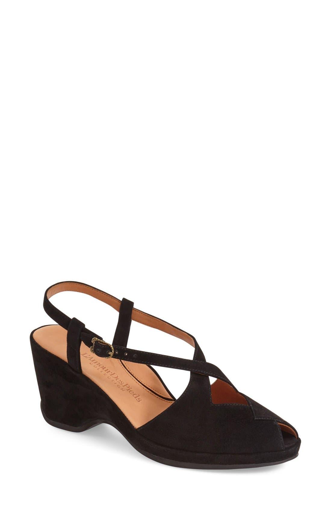 L'Amour des Pieds 'Oraine' Sandal (Women)