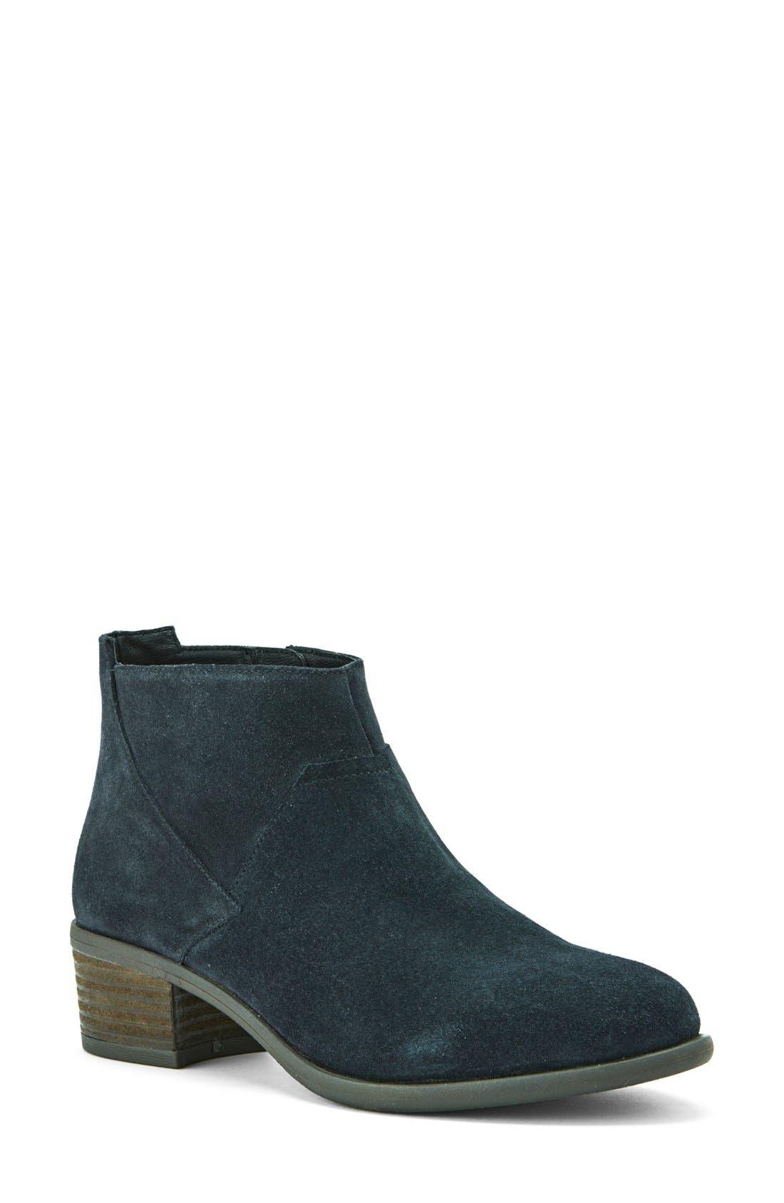 Alternate Image 1 Selected - Blondo 'Maddie' Waterproof Ankle Boot (Women)