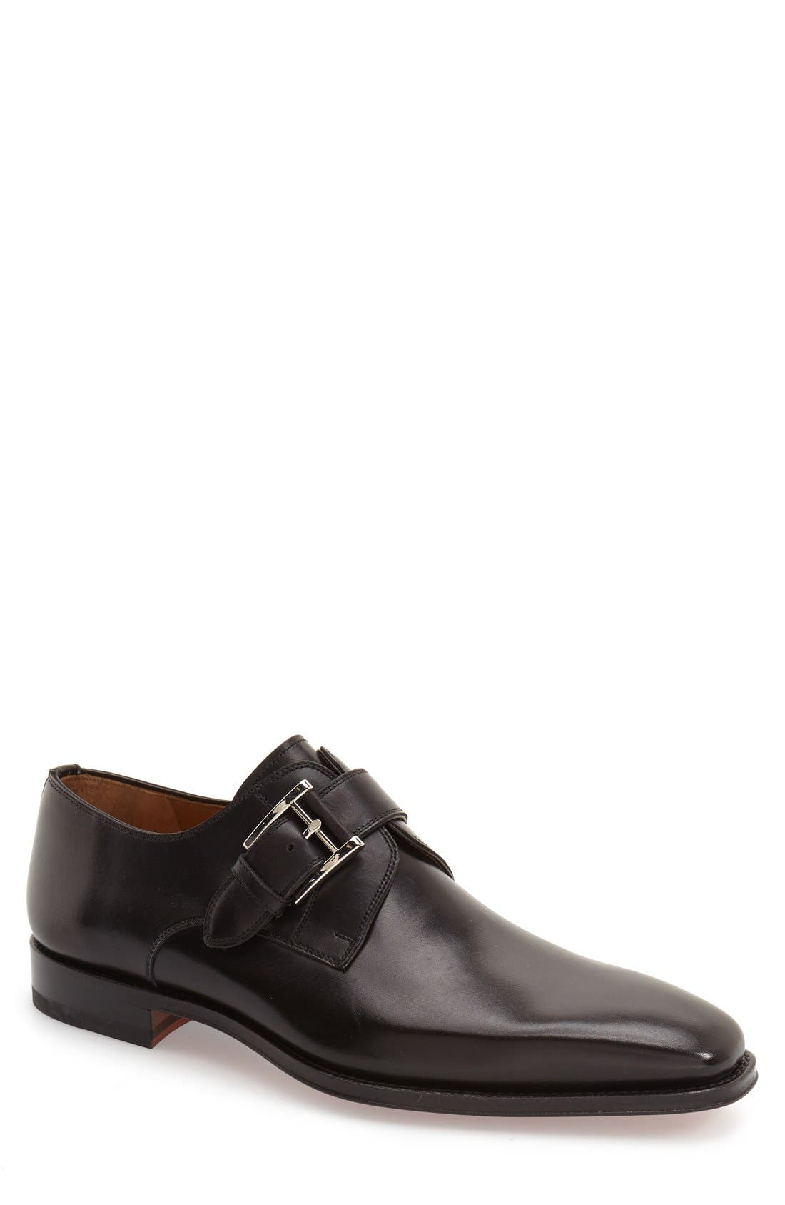 kenneth cole reaction shoes up in smoke cigars stores in brookly