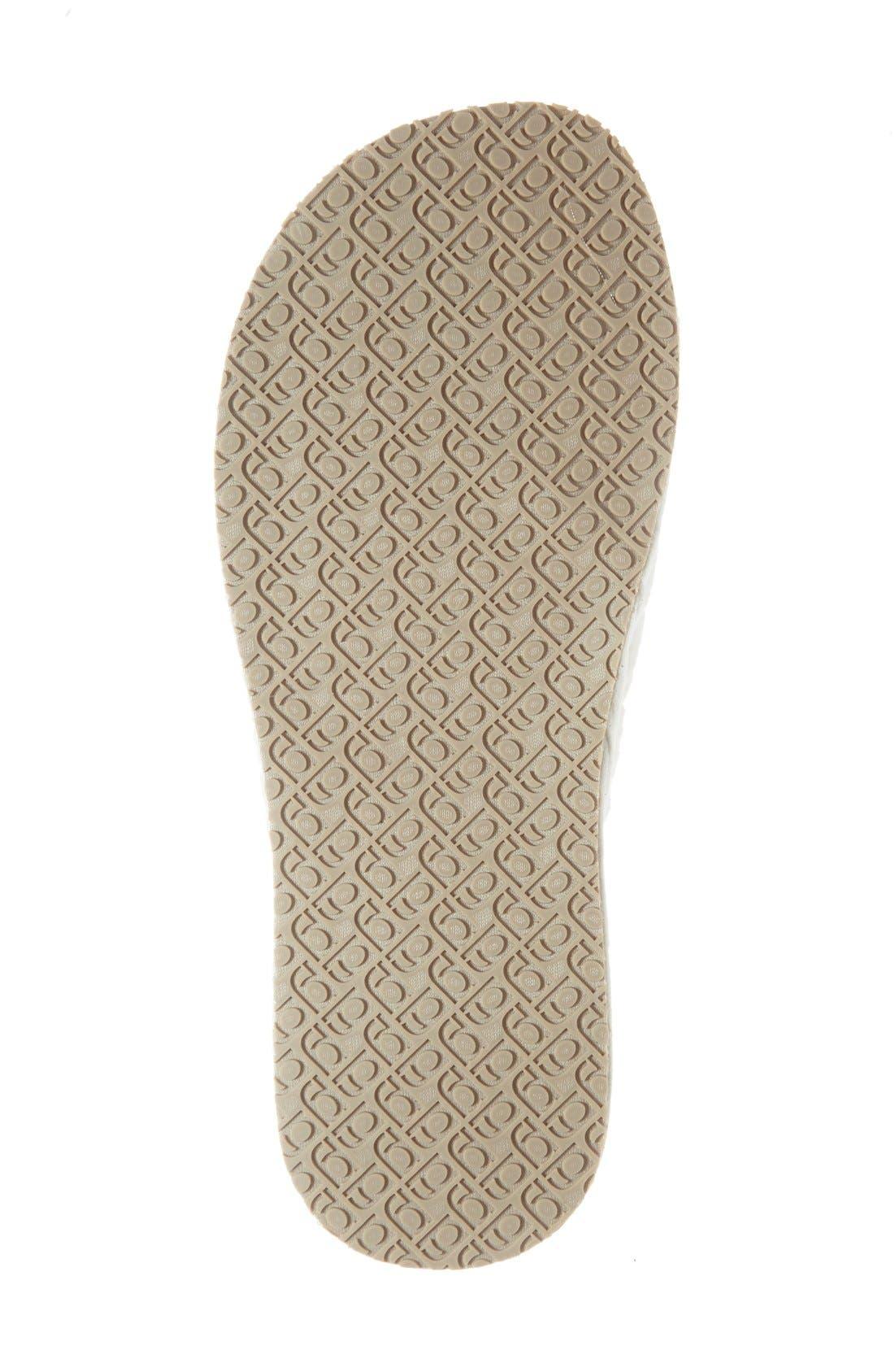 'Aria' Plush Slipper,                             Alternate thumbnail 4, color,                             White Polyester