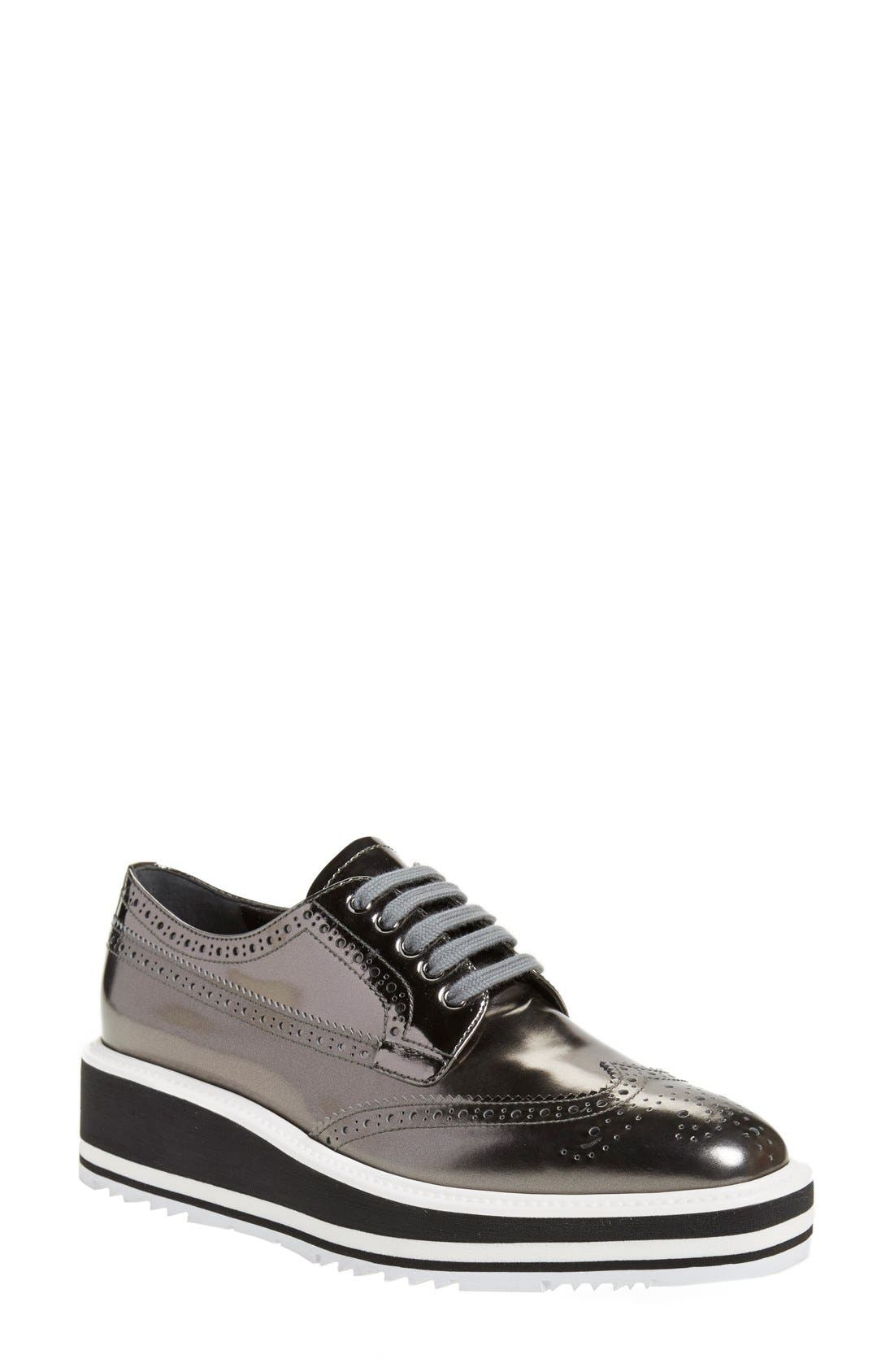 Winged Oxford,                             Main thumbnail 1, color,                             Metallic Silver