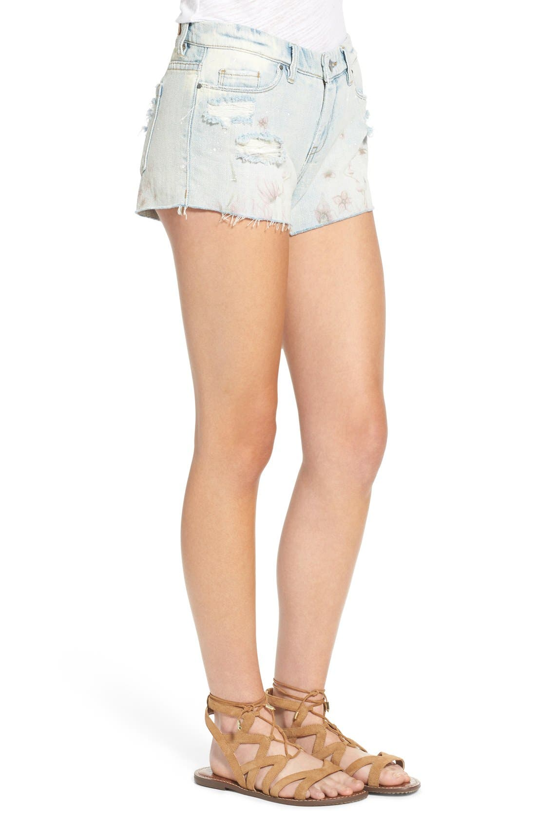 Alternate Image 3  - BLANKNYC 'Kitty Flower' Distressed Cutoff Denim Shorts