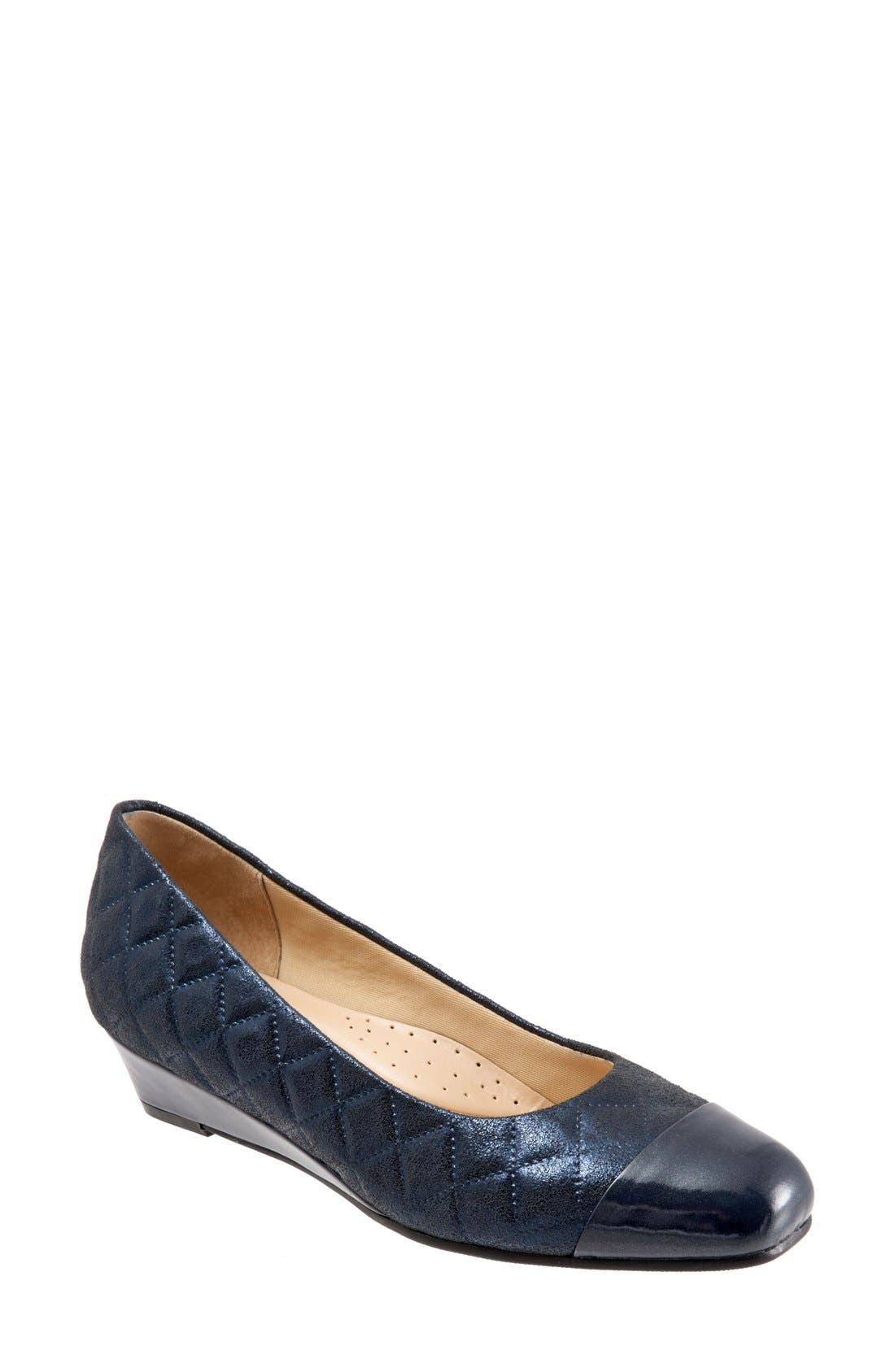 Trotters 'Langley' Cap Toe Wedge Pump (Women)