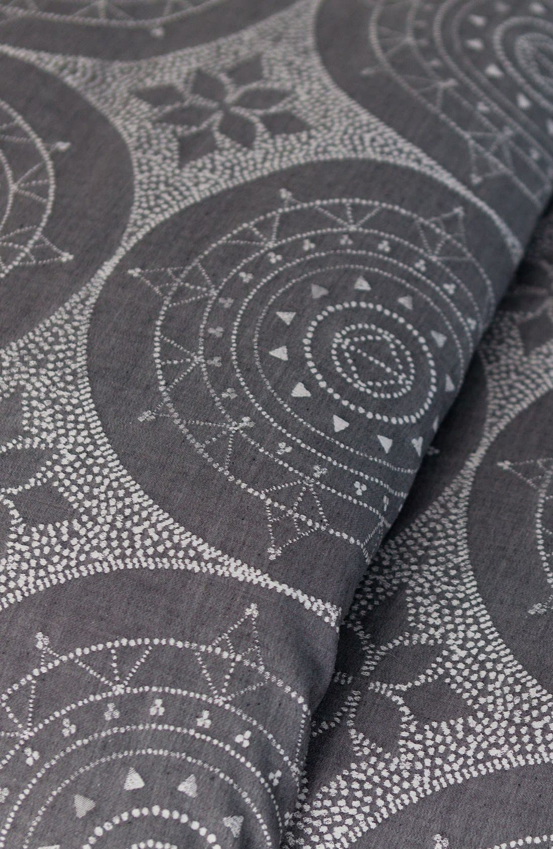 Alternate Image 3  - cupcakes and cashmere Dotted Medallion Duvet Cover