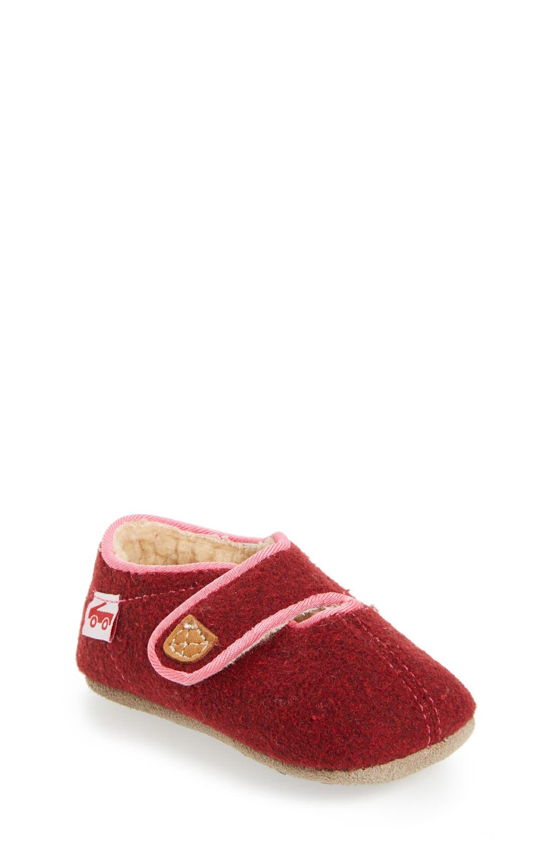 Main Image - See Kai Run Cruz Faux Shearling Crib Slipper (Baby)