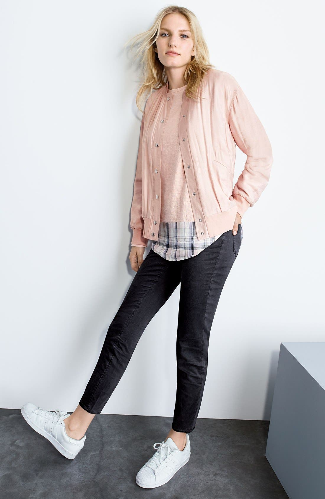 Two by Vince Camuto Jacket, Top & Jeans Outfit with Accessories