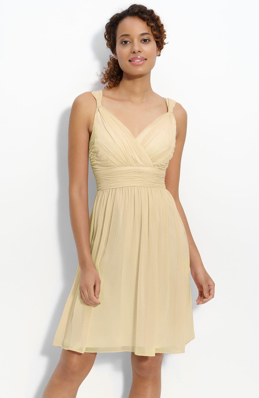 Main Image - Donna Morgan 'Jackie' Ruched Chiffon Dress