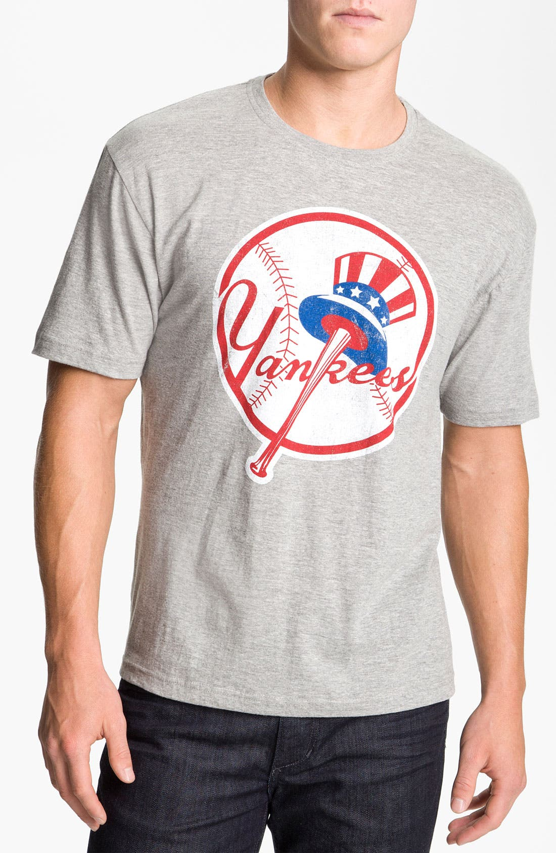 'New York Yankees' Graphic T-Shirt,                         Main,                         color, Heather Grey