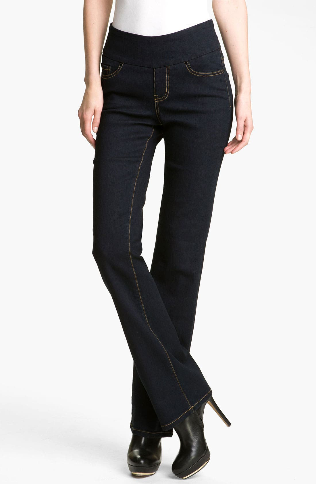 Alternate Image 1 Selected - Jag Jeans 'Paley' Pull-On Jeans (Petite)
