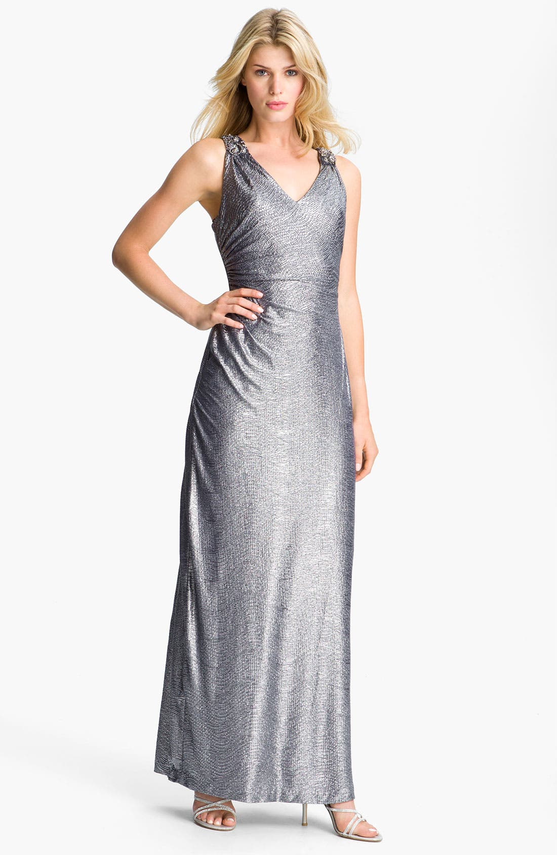 Main Image - Cachet Side Ruched Metallic Jersey Gown