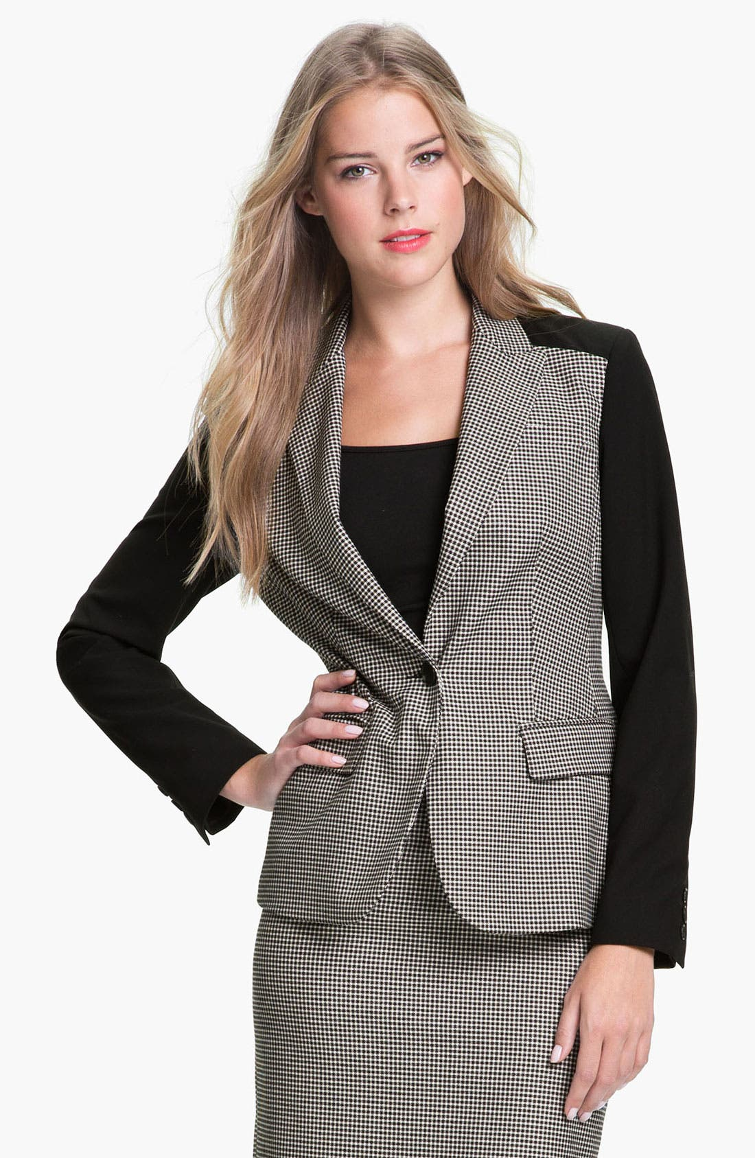 Main Image - Vince Camuto Colorblock Houndstooth Blazer