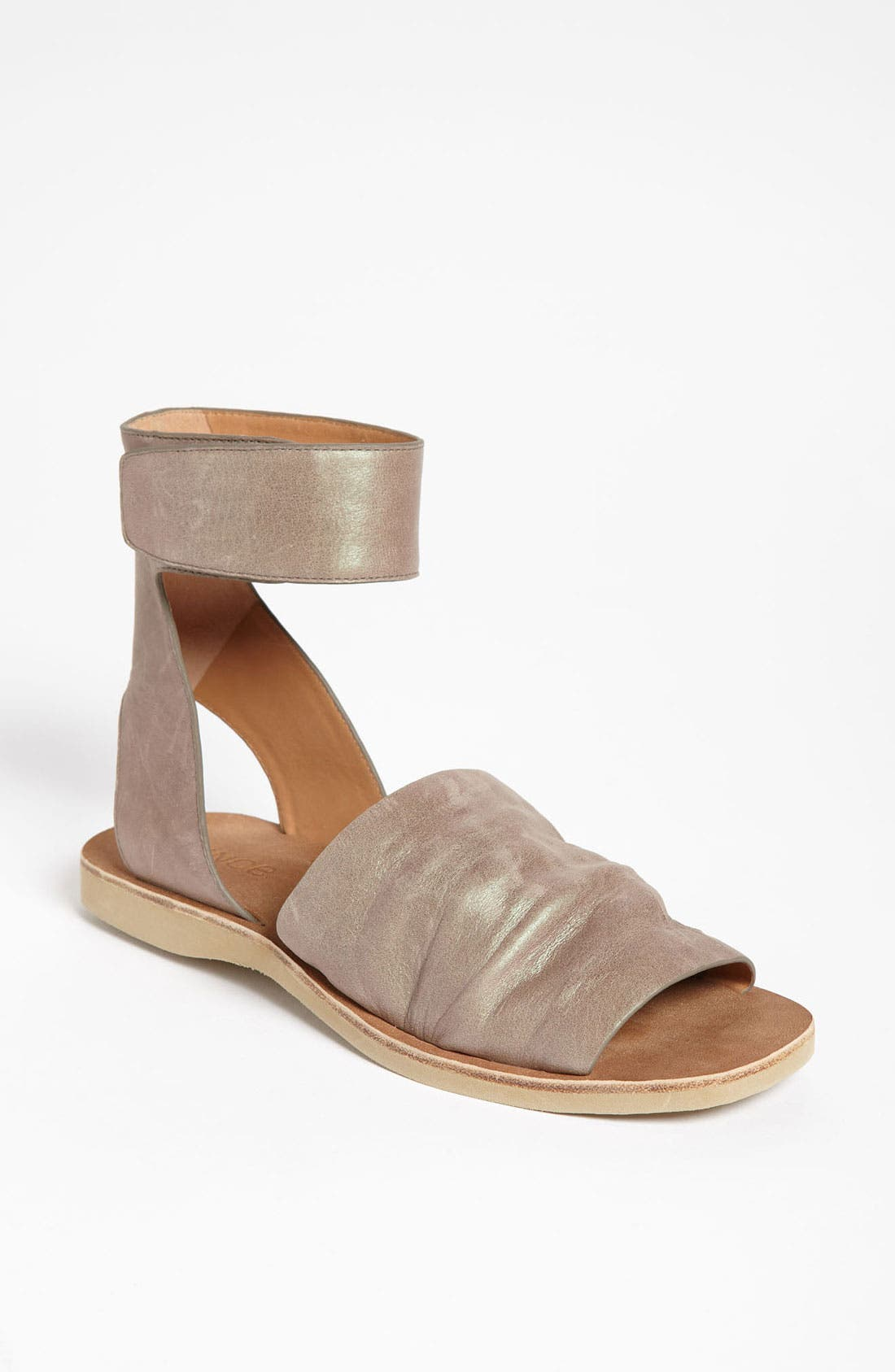 Alternate Image 1 Selected - Vince 'Sadie' Sandal